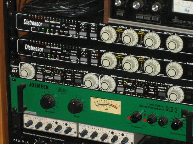 Distressor bass settings — pic 1