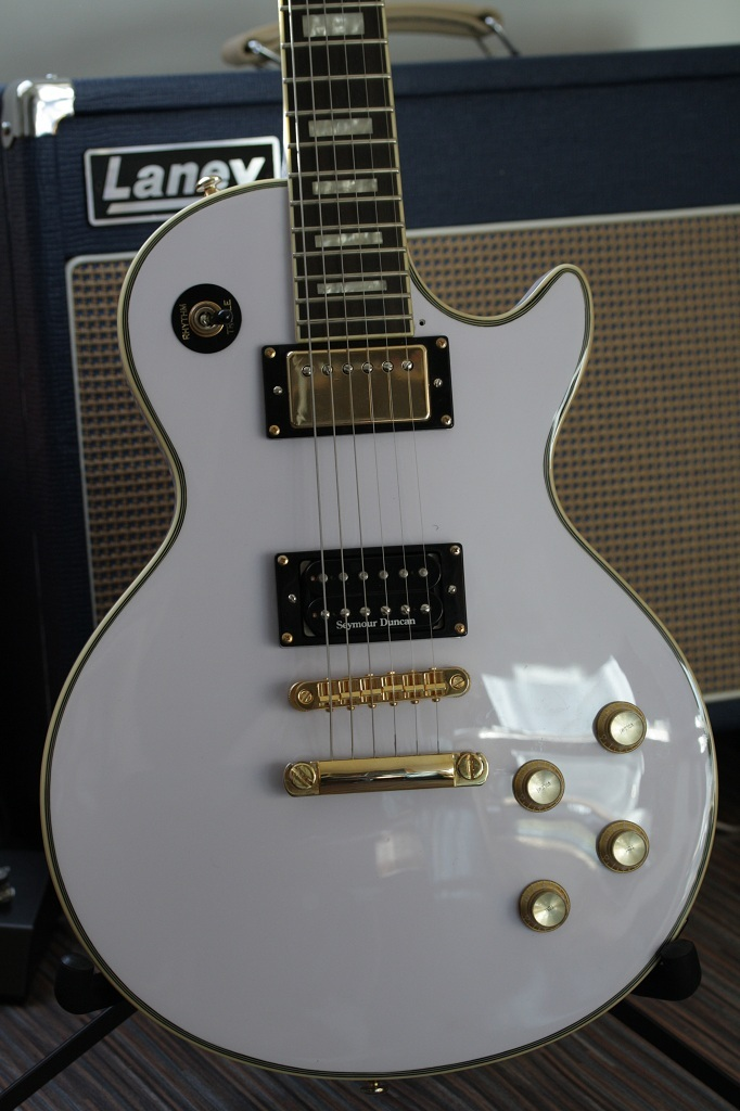 epiphone les paul custom alpine white image 78713 audiofanzine. Black Bedroom Furniture Sets. Home Design Ideas