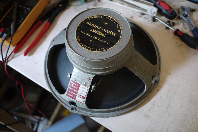 Fane vintage 12 pouces guitare image 101265 audiofanzine for Housse 12 pouces