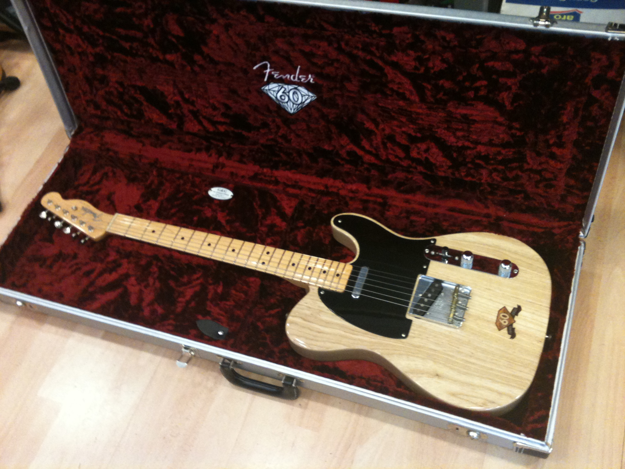 fender 60th anniversary limited edition telecaster 2006 image 260027 audiofanzine. Black Bedroom Furniture Sets. Home Design Ideas