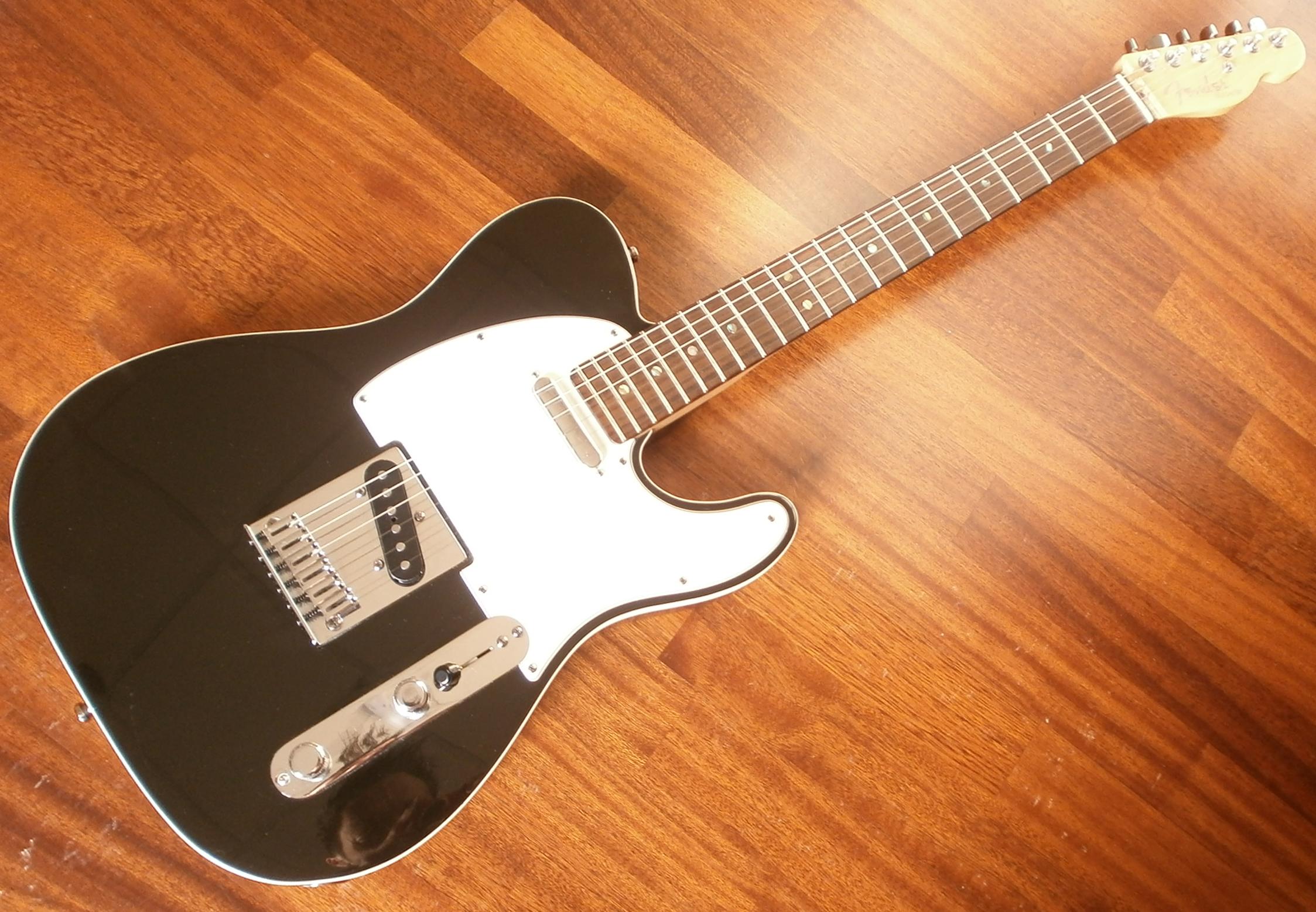 Fender Telecaster Deluxe Black 43