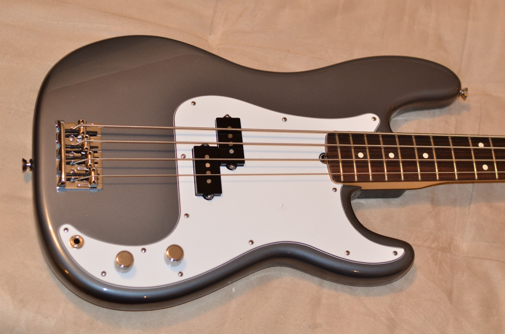 photo fender american standard precision bass 2008 2012. Black Bedroom Furniture Sets. Home Design Ideas