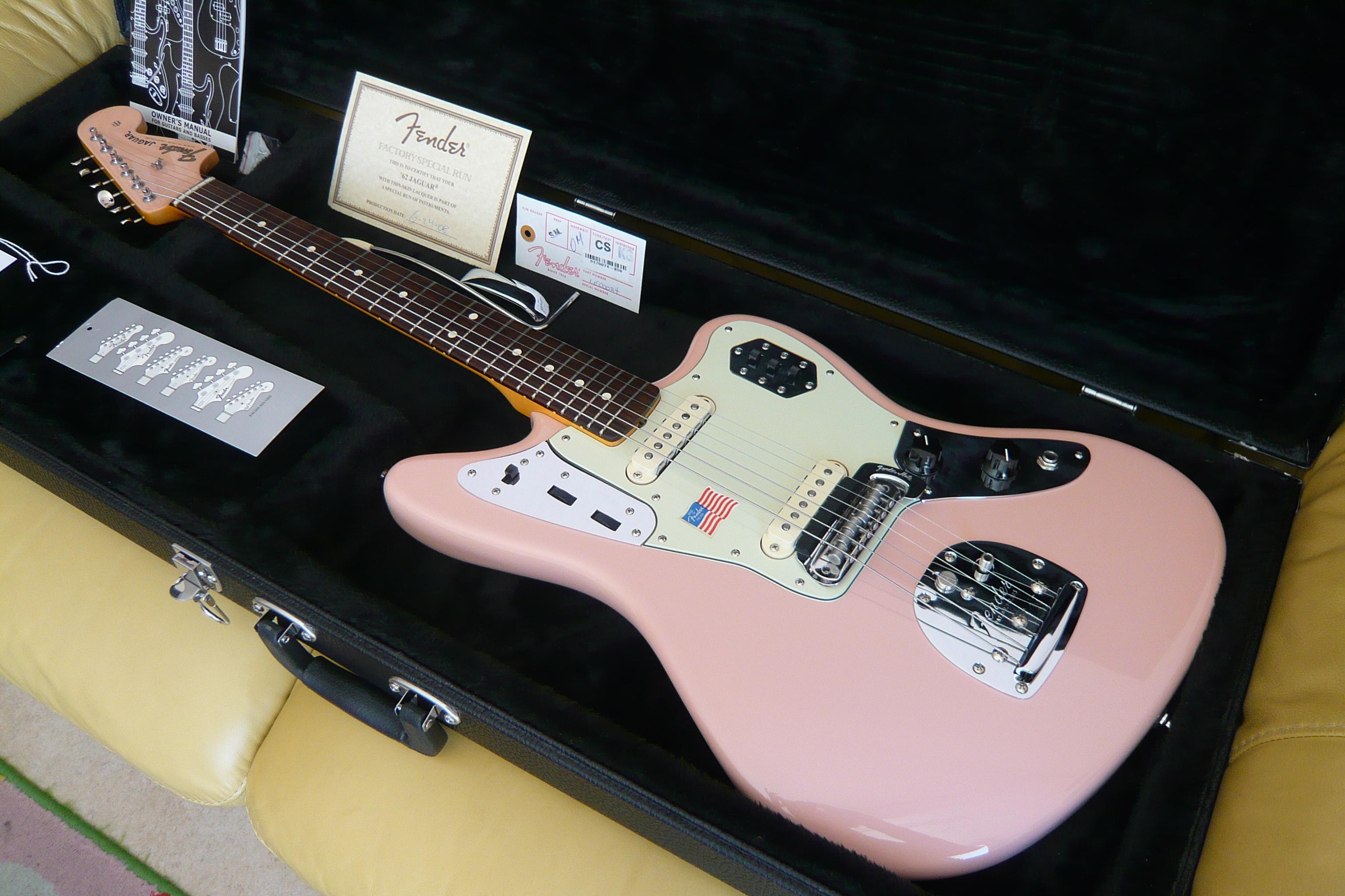 Fender vintage jaguar similar