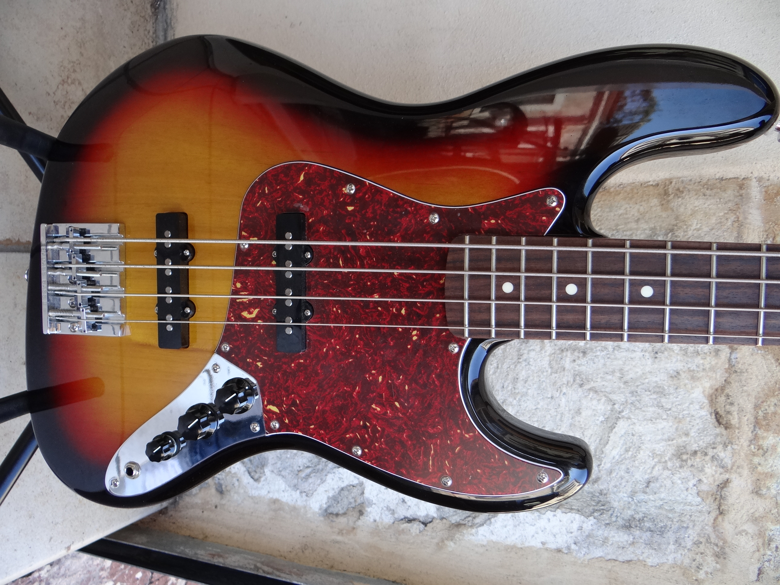 Vintage Fender Jazz 75