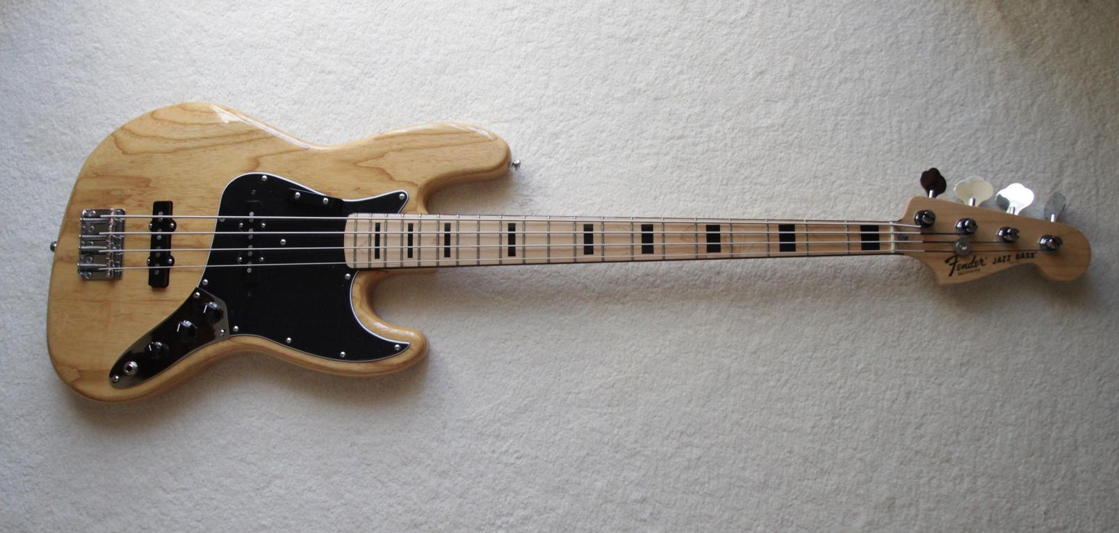 Photo Fender American Vintage '75 Jazz Bass : Fender Jazz ...