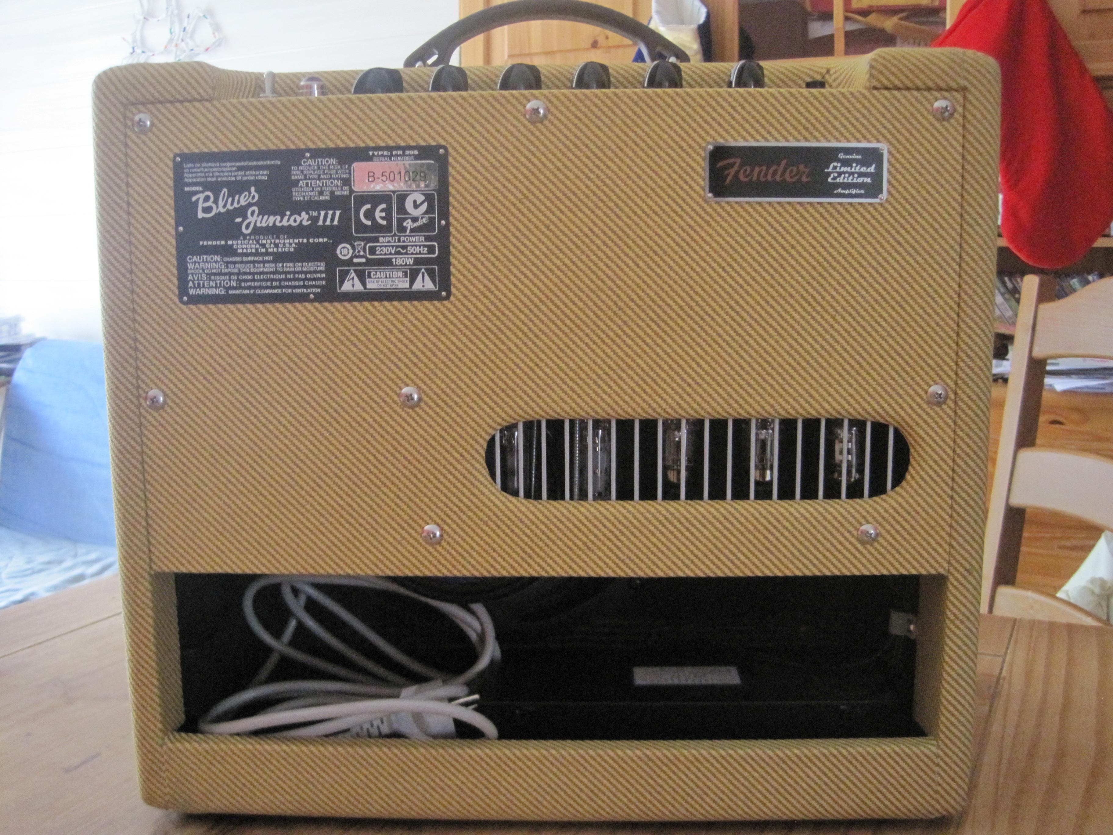 Fender Blues Junior Lacquered Tweed - Thomann