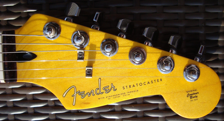 Fender stratocaster usa gold neuve 2016 micros for American classic customs