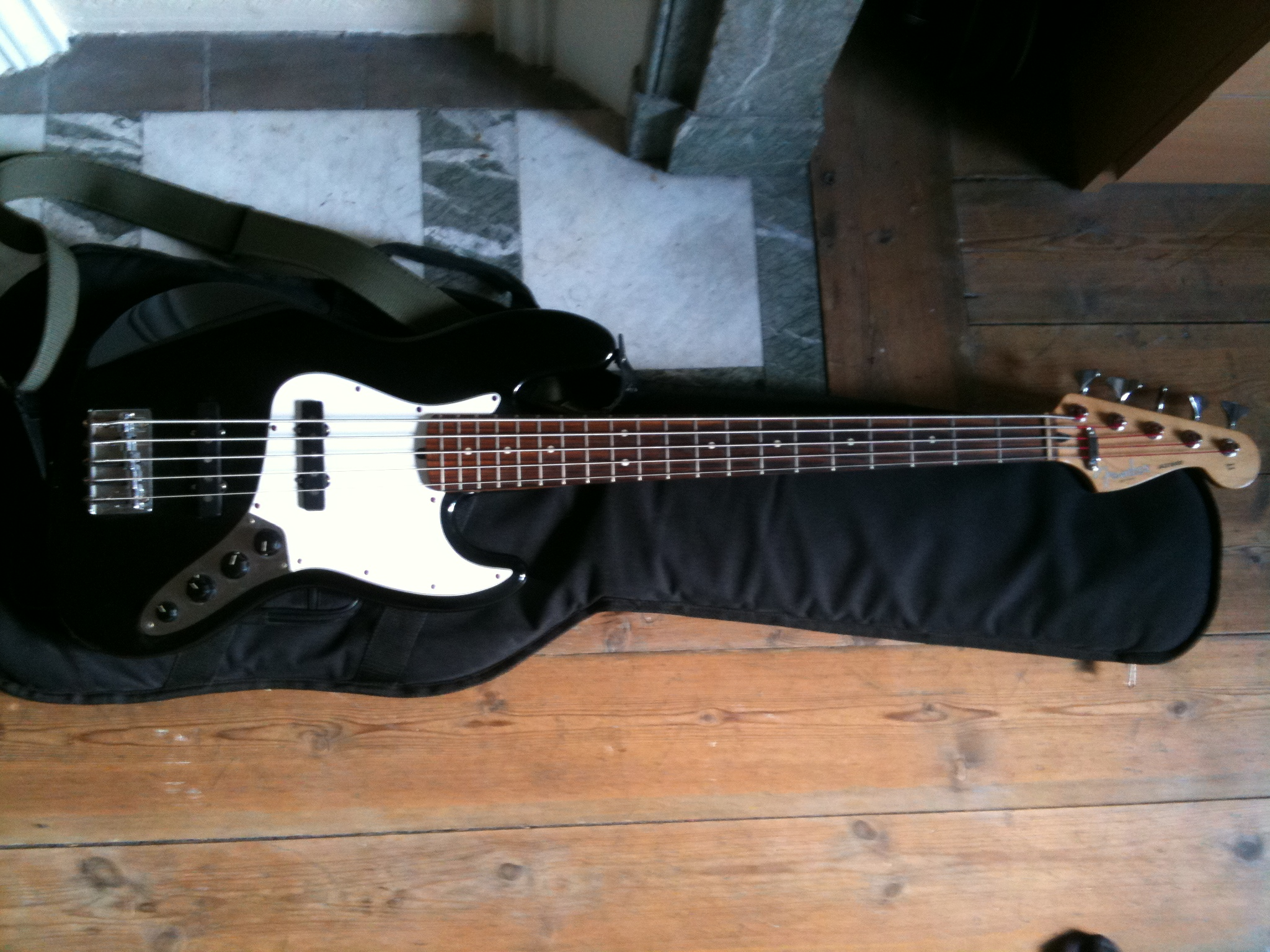 Fender Deluxe Active Jazz Bass V  1998-2004  Image   249638