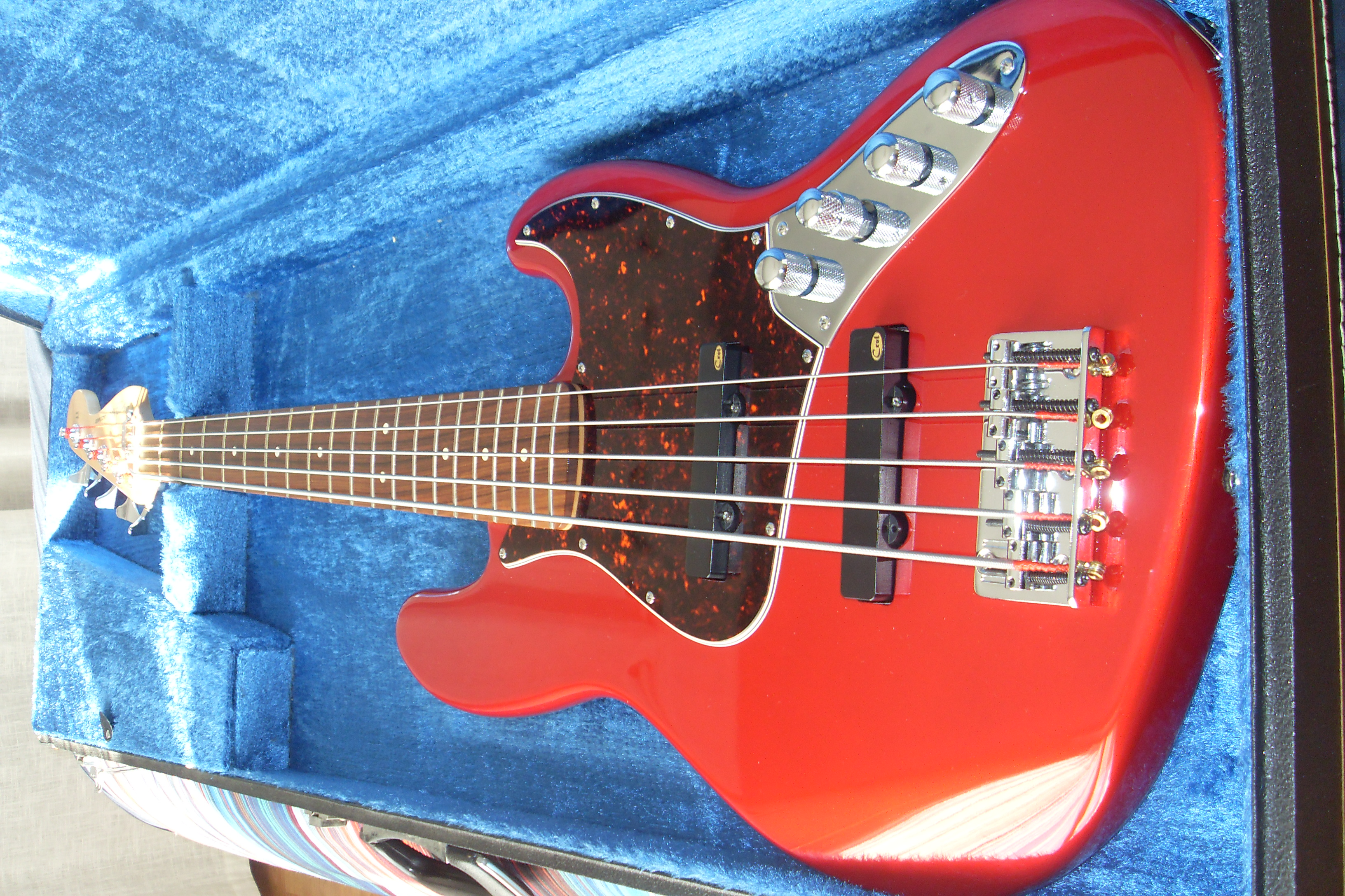 Fender Deluxe Active Jazz Bass V  1998-2004  Image   384641