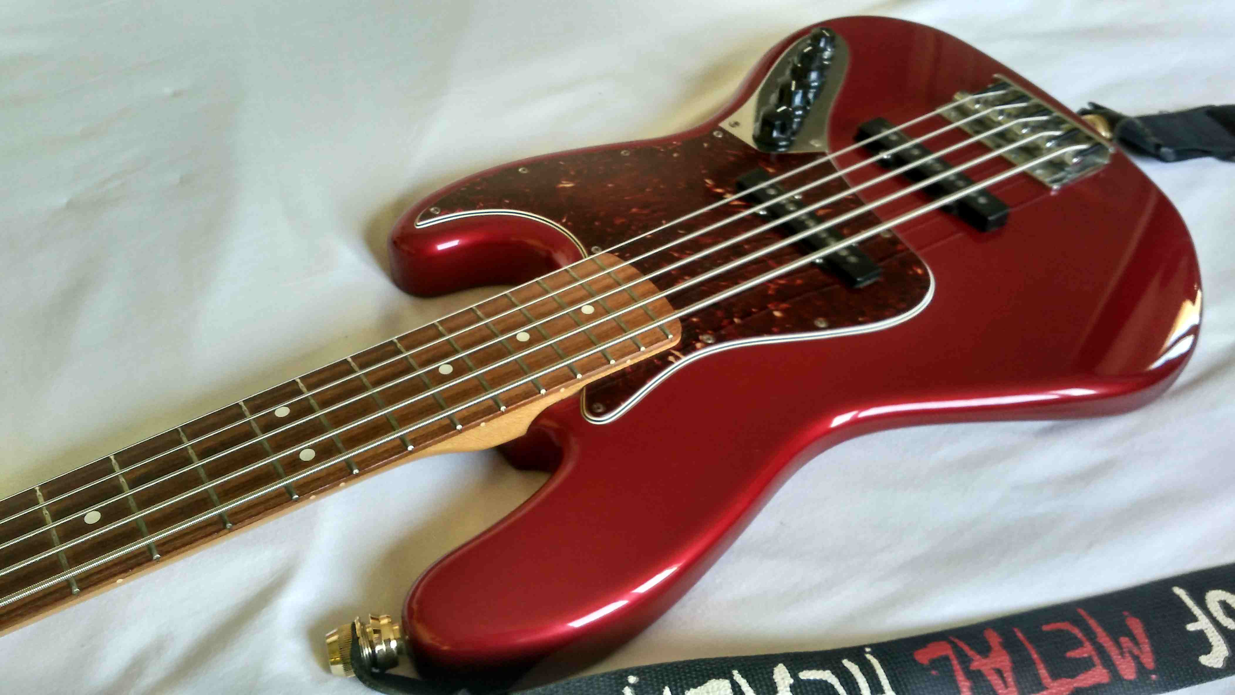 Fender Deluxe Active Jazz Bass V  2004-current  Image   1584567