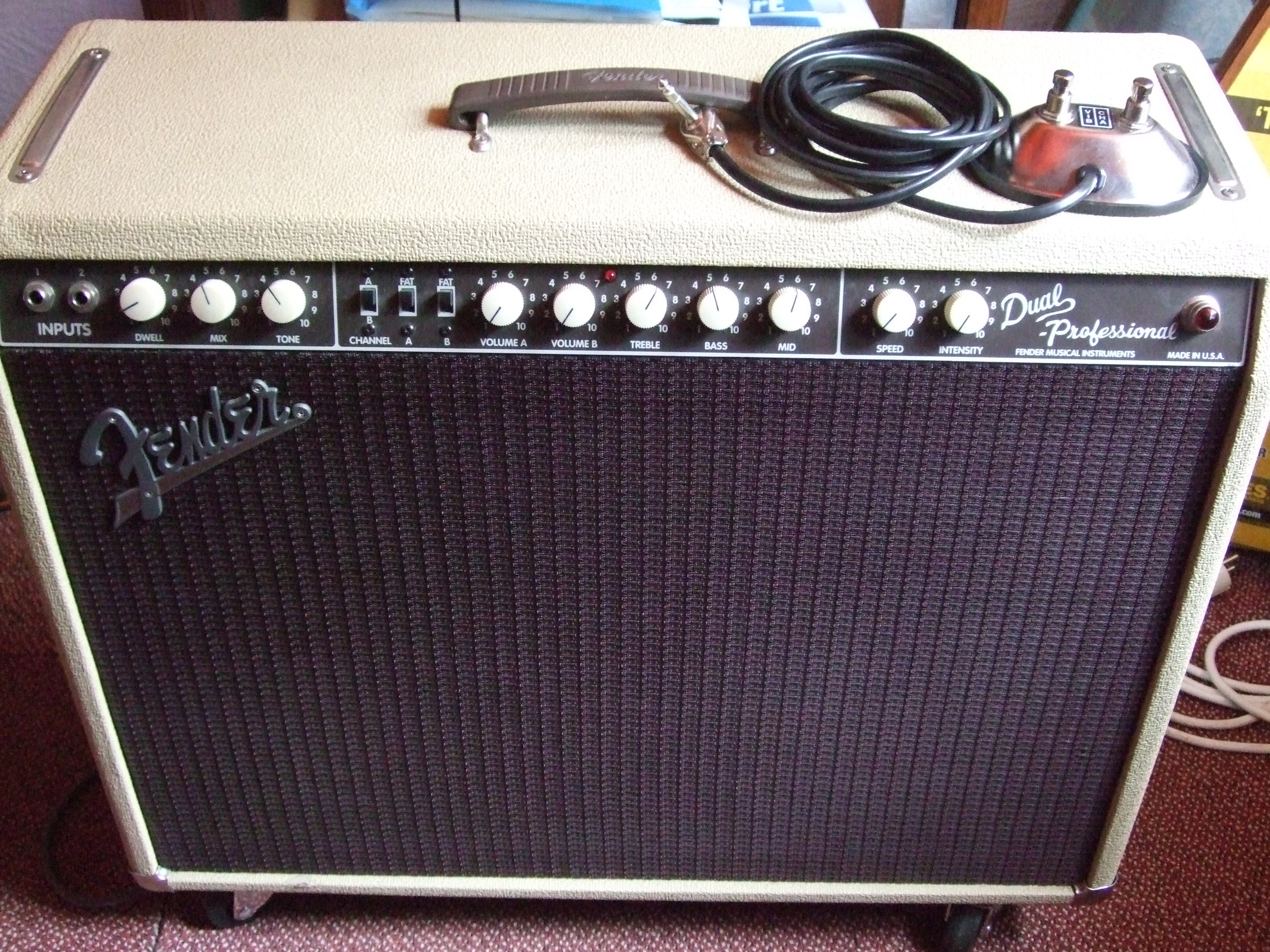 Cheap Bass Guitar Amp Reddit : what model of fender amp is this guitaramps ~ Hamham.info Haus und Dekorationen