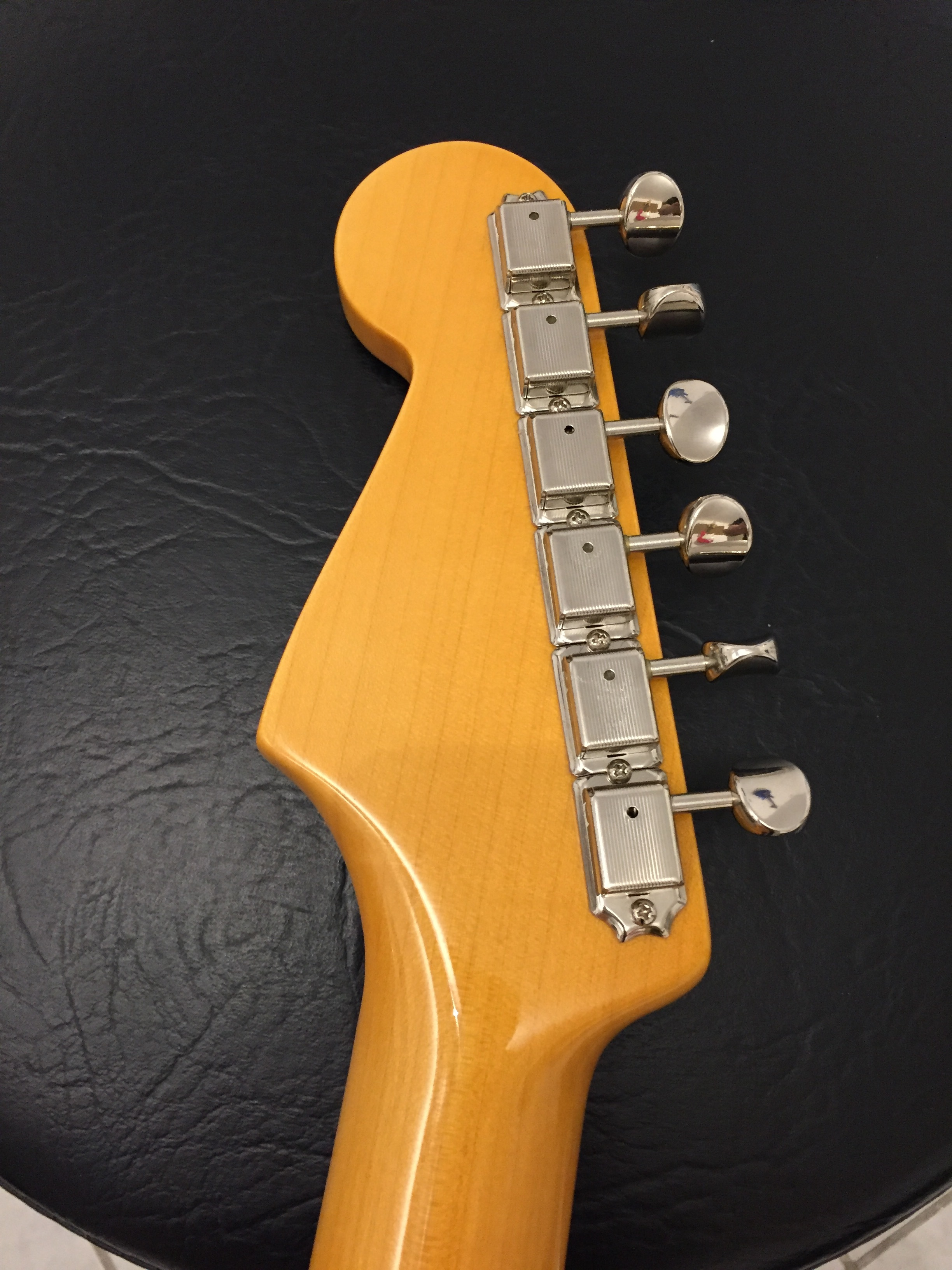 eric johnson strat dating During the 2010 acoustic guitar masters tour, eric johnson spoke at length on meditation, spirituality, songwriting, jimi, guitars, and the new album.