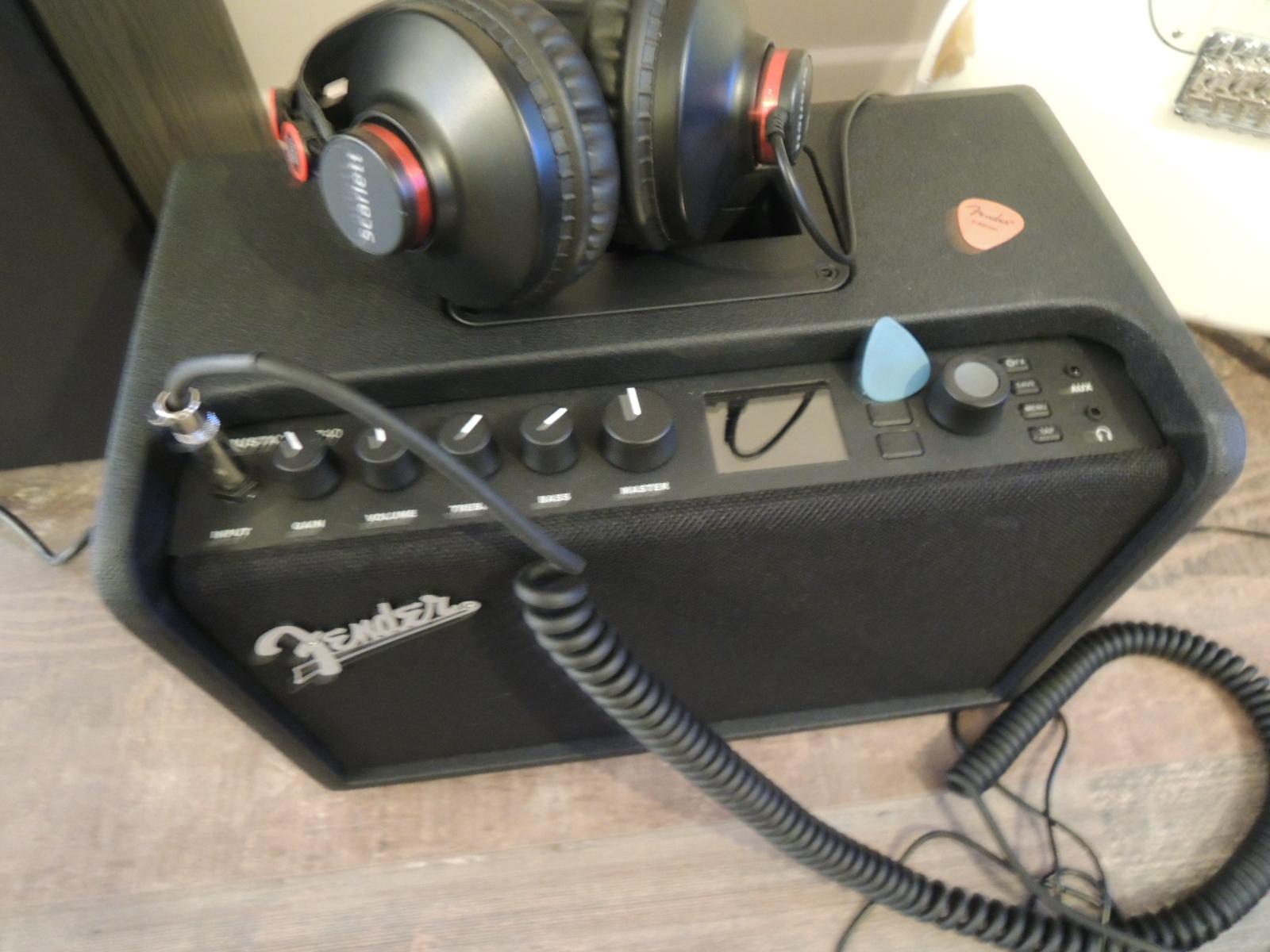 Fender Mustang GT40 image (#2130573) - Audiofanzine