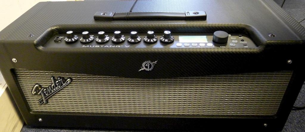 Fender Mustang V Head image (#207566) - Audiofanzine