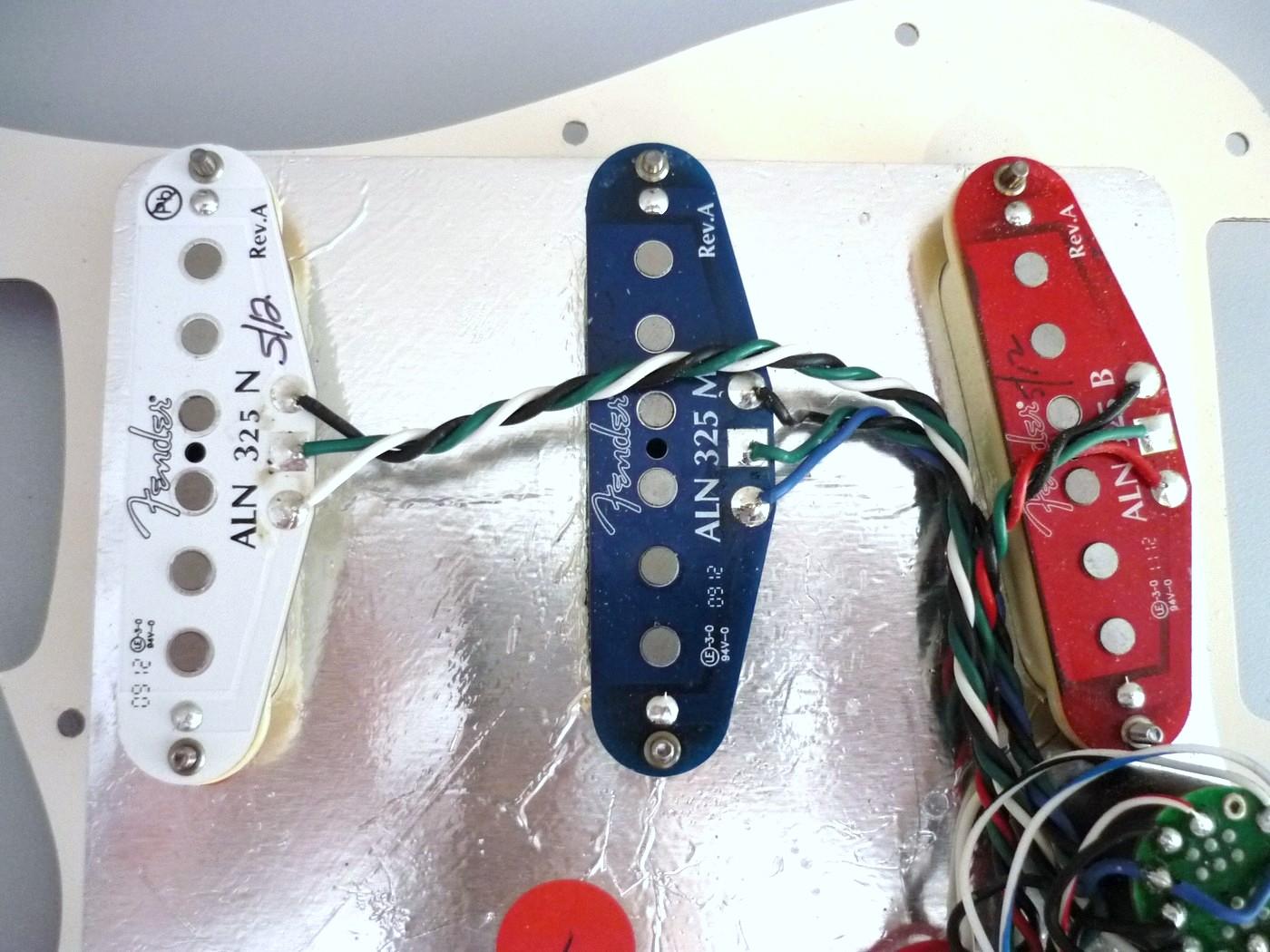 Fender Noiseless Pickups >> Fender N3 Noiseless Strat Pickup Set image (#654041 ...