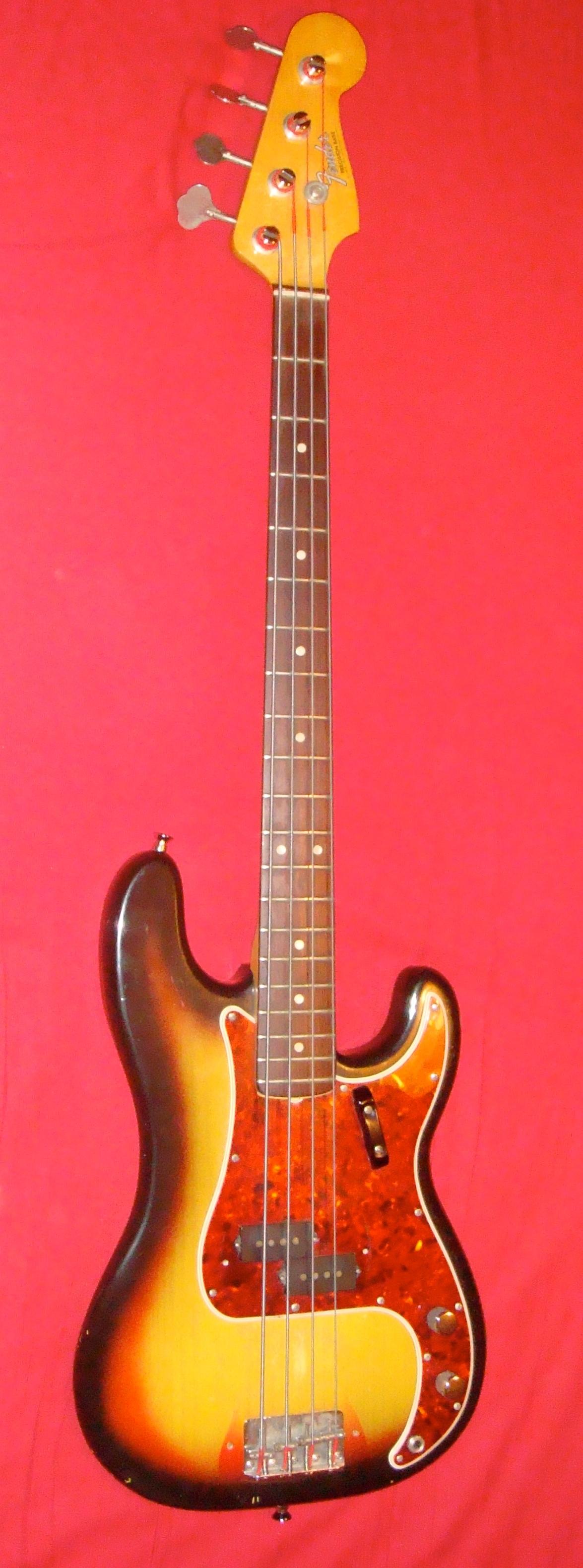 fender-precision-bass-vintage-698352.jpg