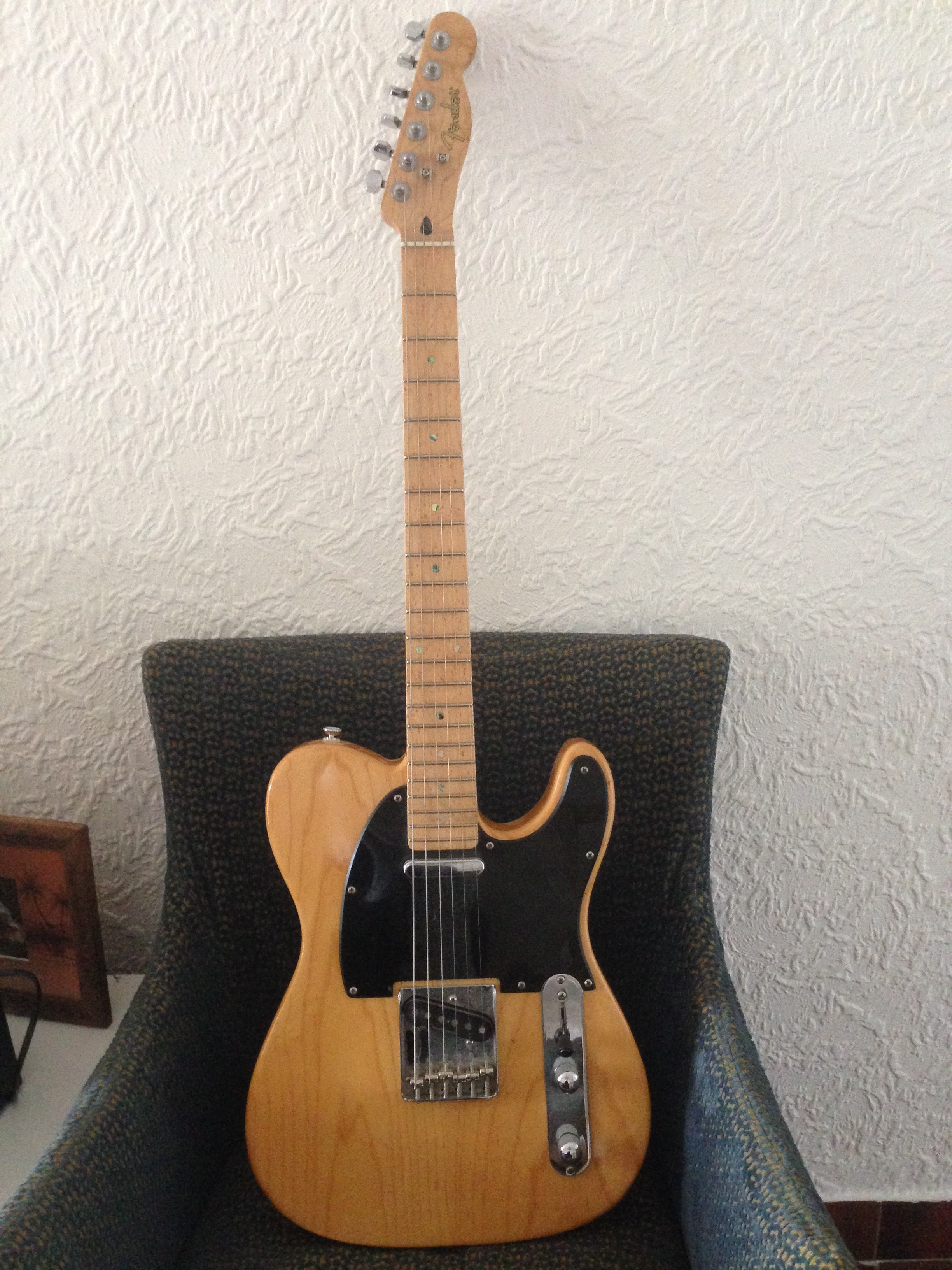 Fender Lite Ash Telecaster Vintage White Free Download Acoustic Electric Guitar Wiring Diagram 6 String Features An Birdseye Maple Fingerboard Black Pickguard Seymour Duncan Alnico Pro Pickups Possible Experience Therefore Important View