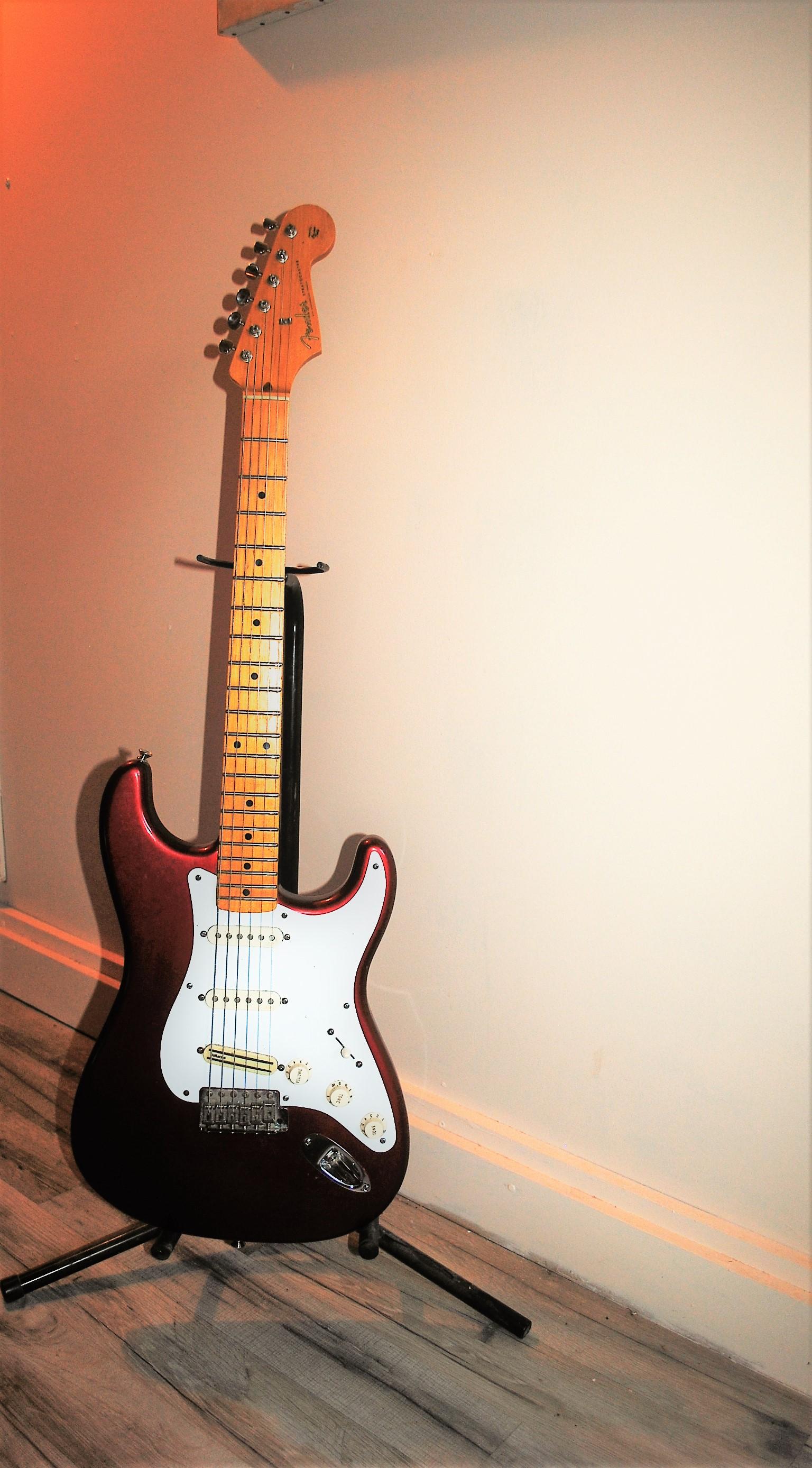 Fender Vintage Hot Rod 57 Strat MN 2S - thomannde