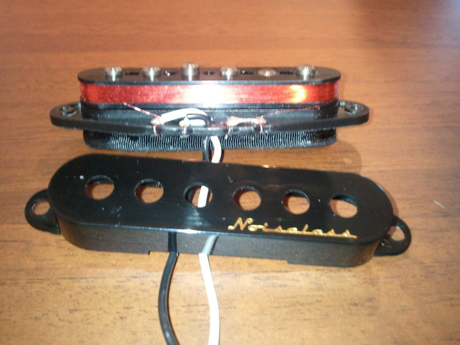 Fender Vintage Noiseless Stratocaster Pickups Image