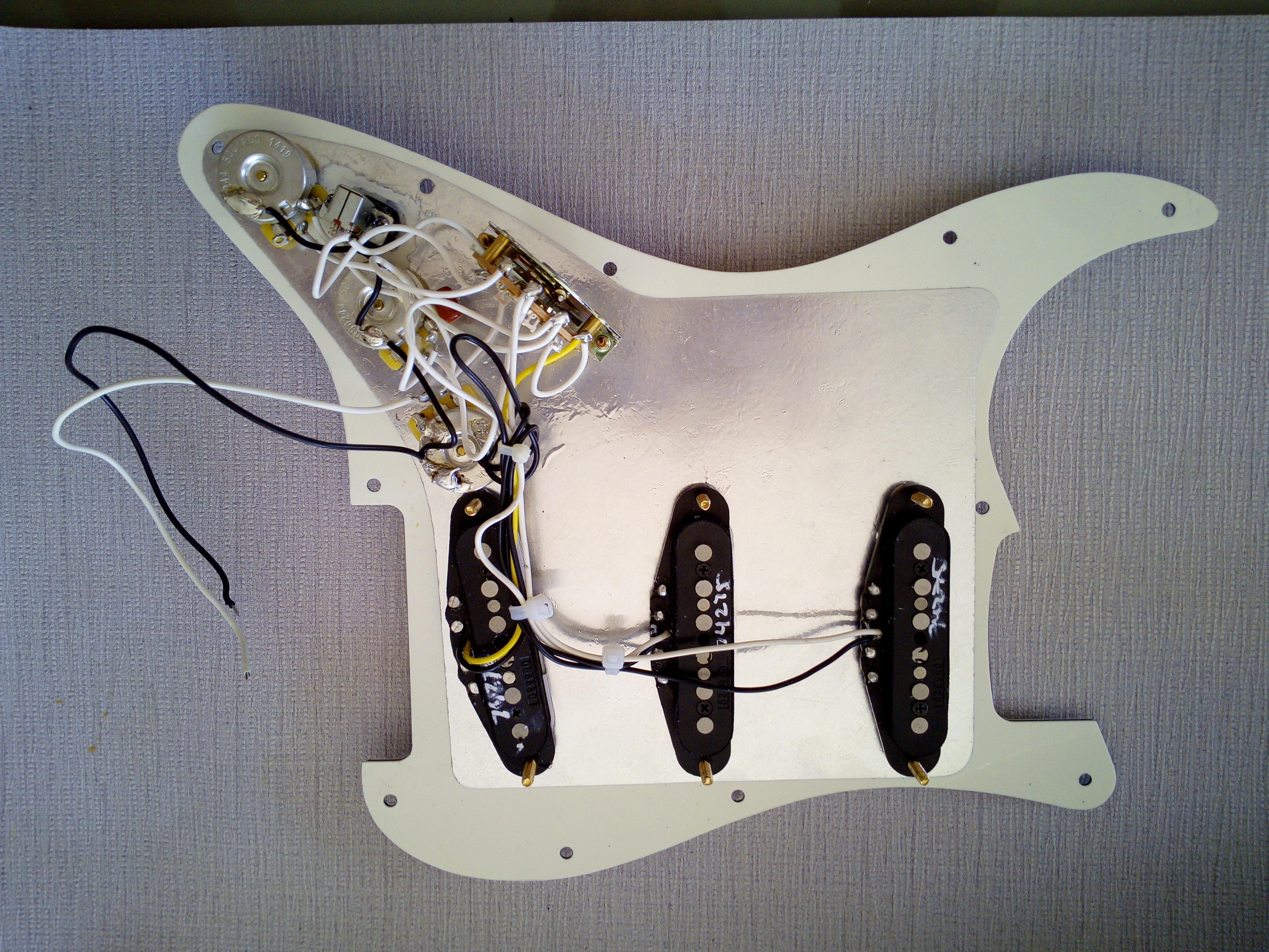 Fender Vintage Noiseless Strat 14