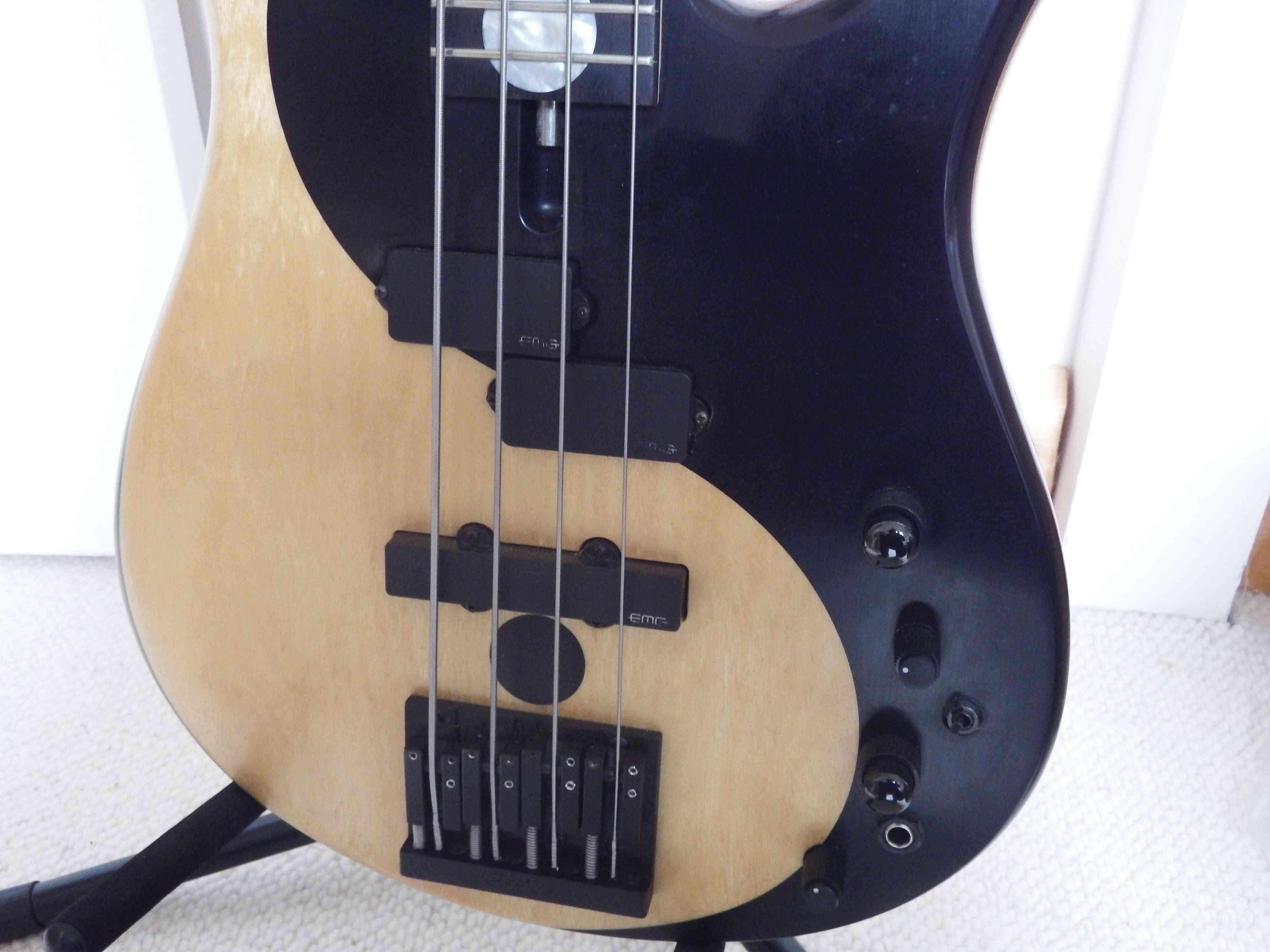 Fodera guitars victor wooten yin yang 4 cordes image for Table yin yang basse