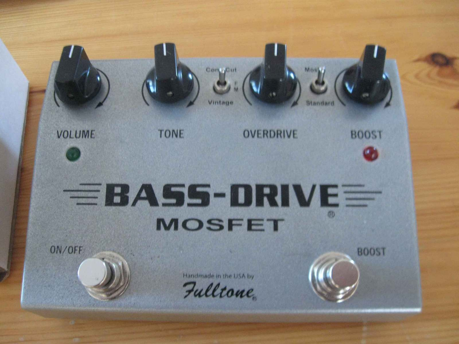 7667 MOSFET DRIVERS