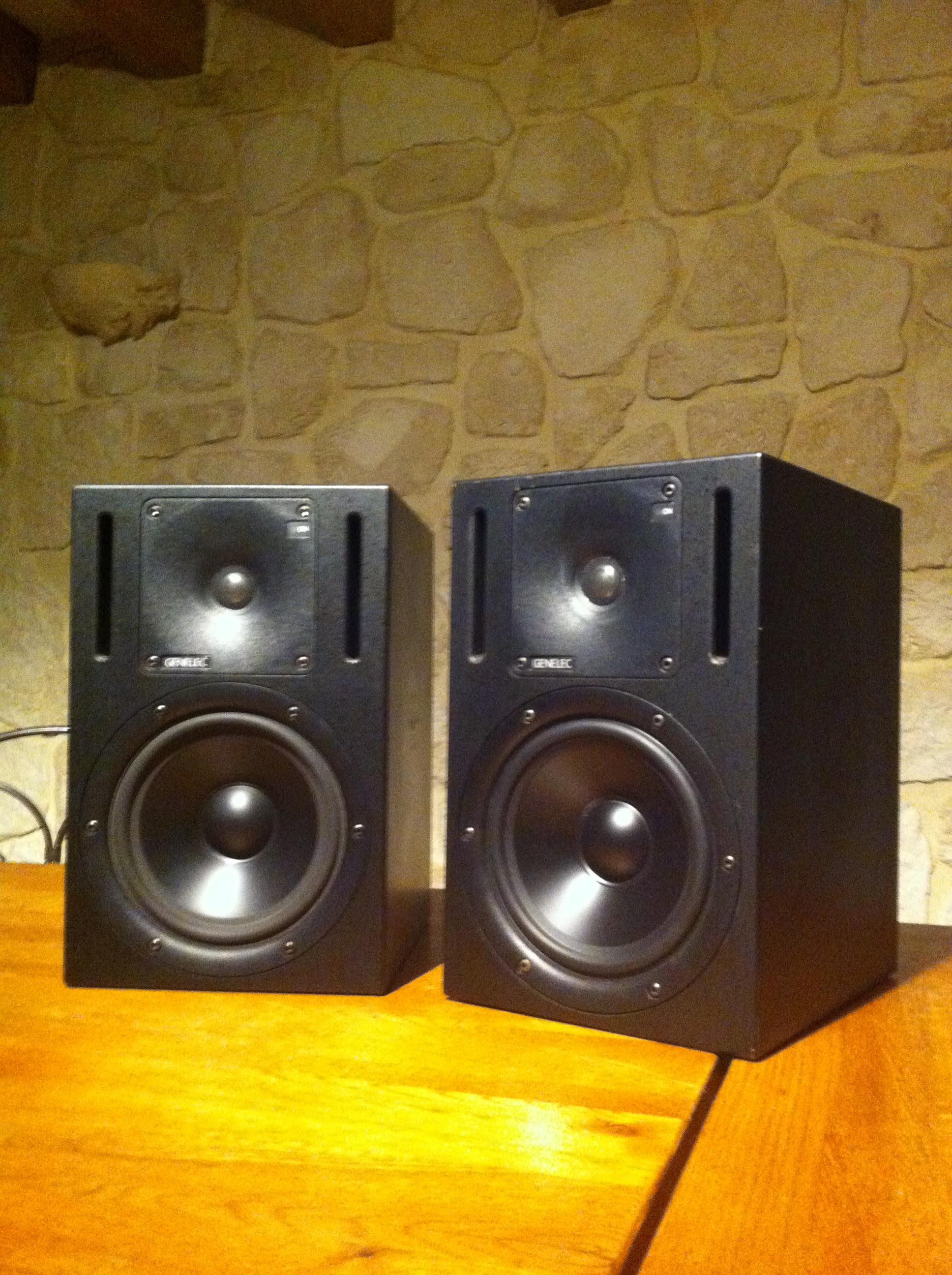 Paire de genelec 1030a haute normandie audiofanzine for Haute normandie active