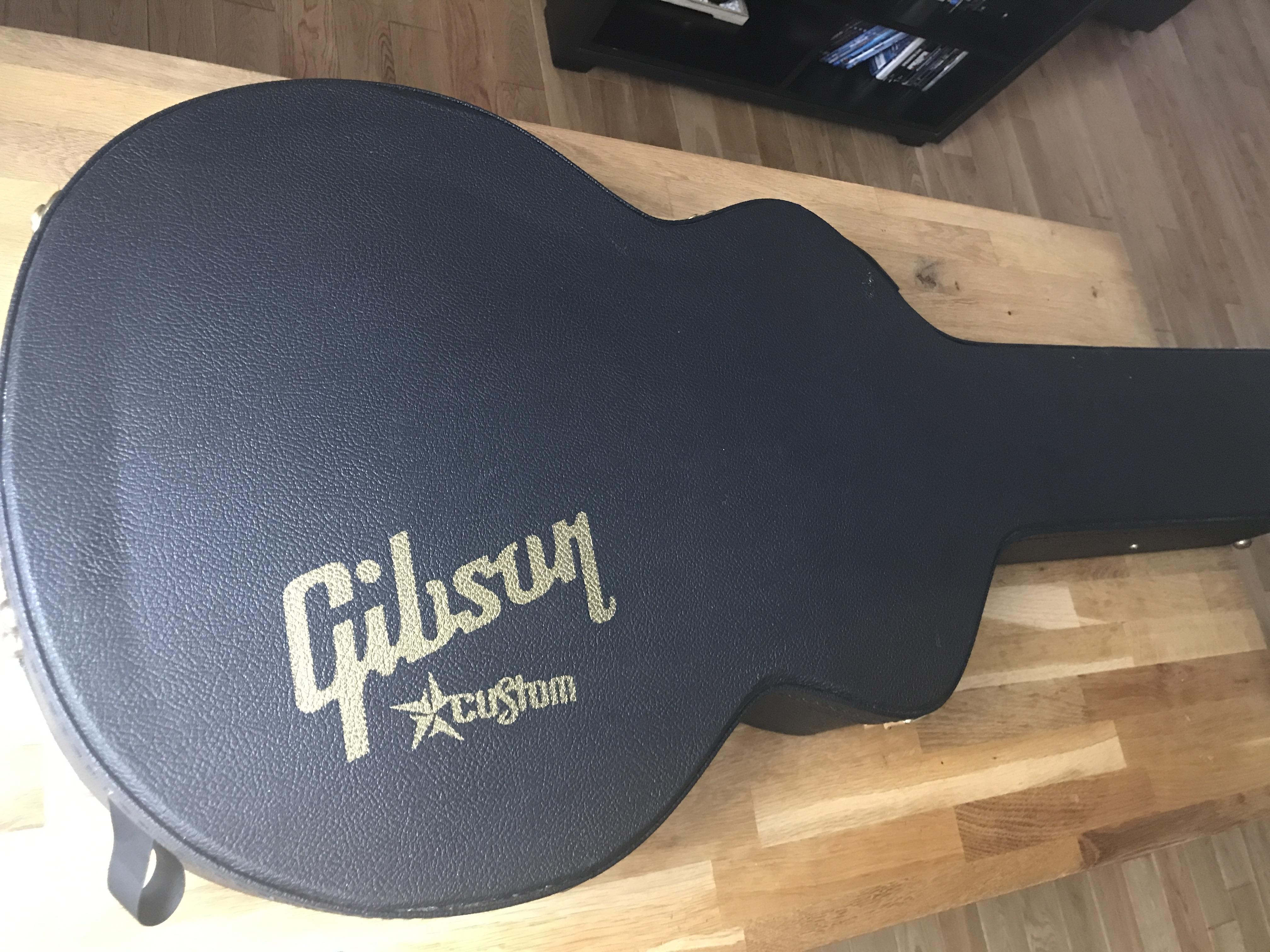 0fad1407875 ES-335 CASE - Gibson ES-335 Case - Audiofanzine