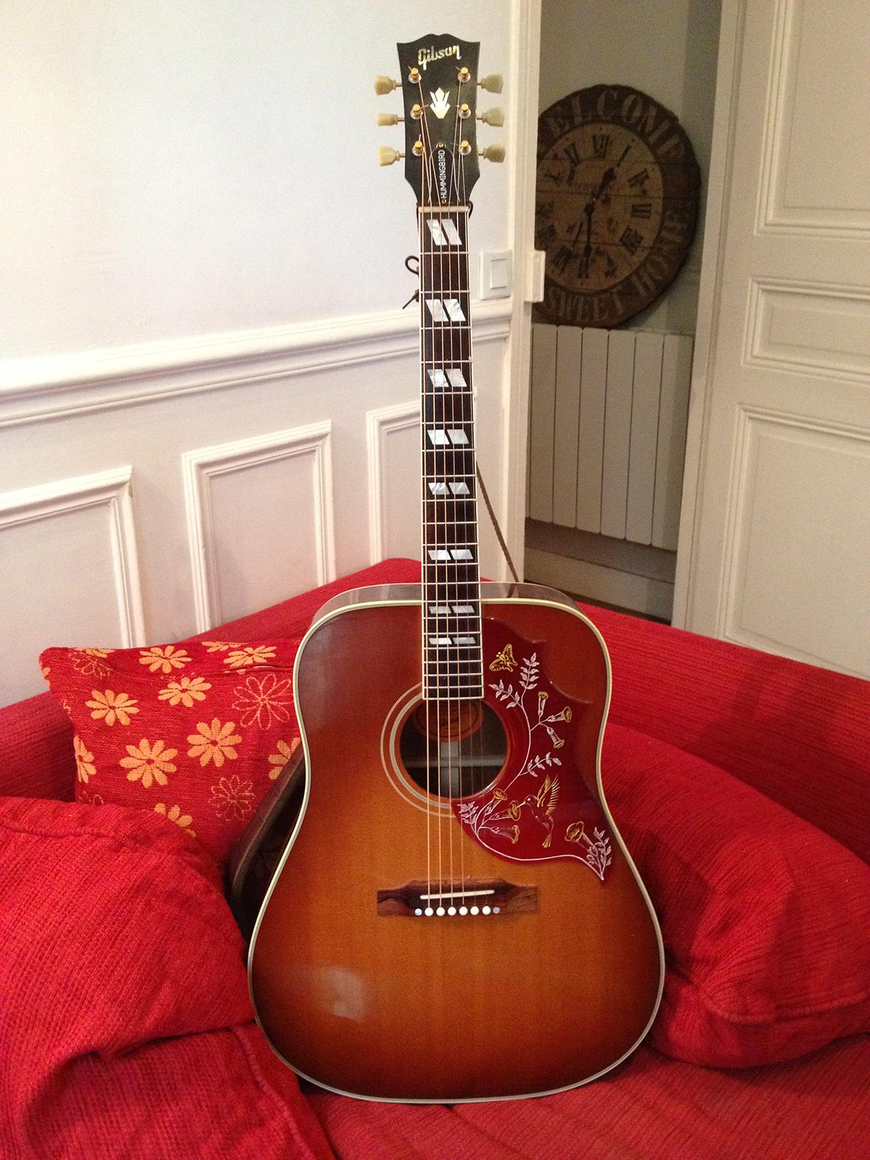 Gibson Hummingbird True Vintage  Heritage Cherry Sunburs