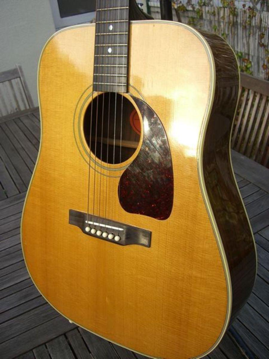 Gibson J60 ou AJ60 Gibson-j-60-20967