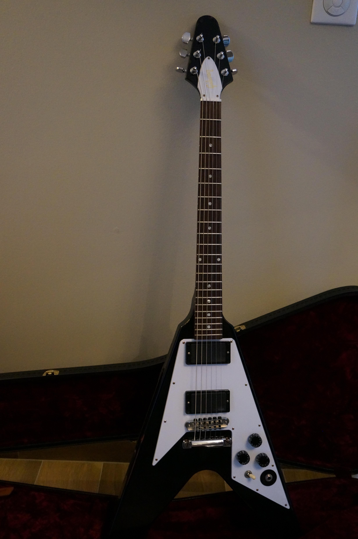 Gibson Kirk Hammett Flying V - Aged image (#759091 ...