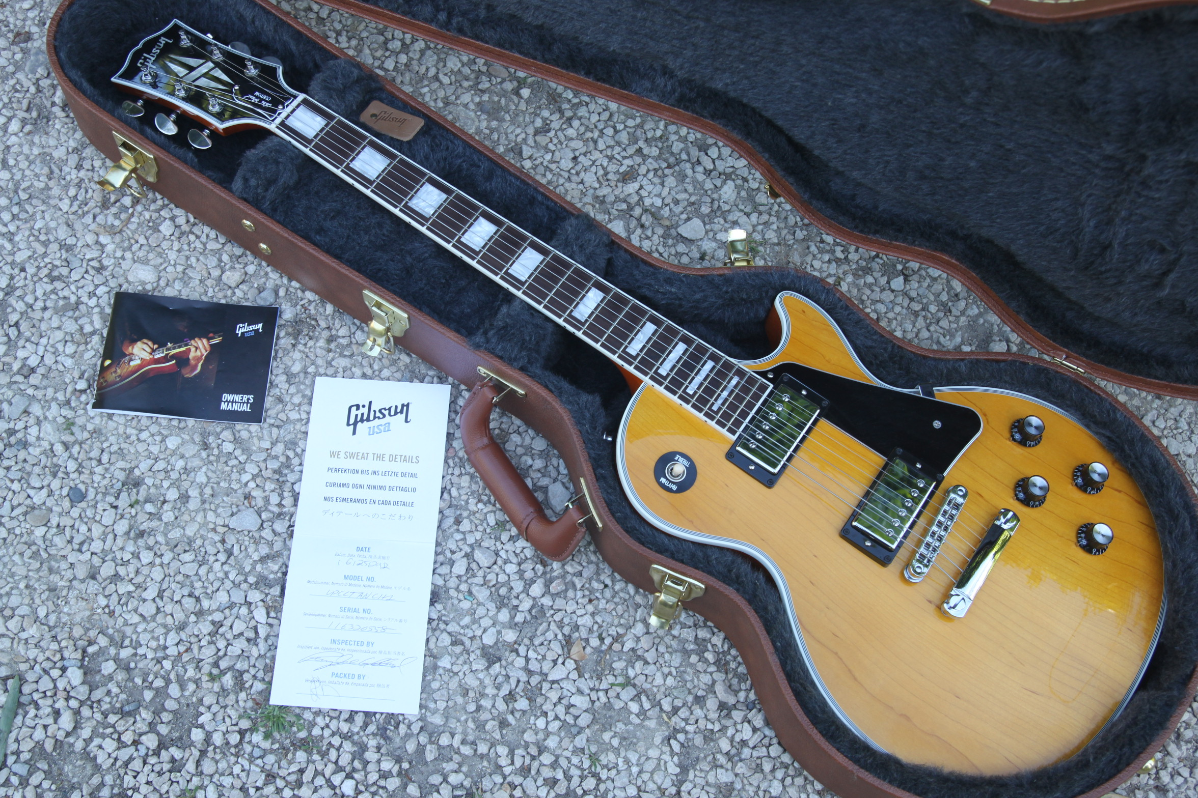 les paul classic custom 2011 antique natural gibson. Black Bedroom Furniture Sets. Home Design Ideas