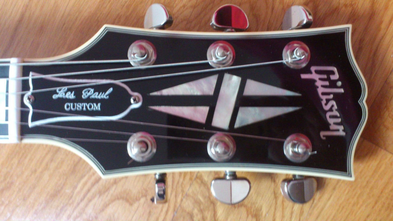 Les Paul Custom 1968 Authentic Custom Shop Ebony Gibson Audiofanzine