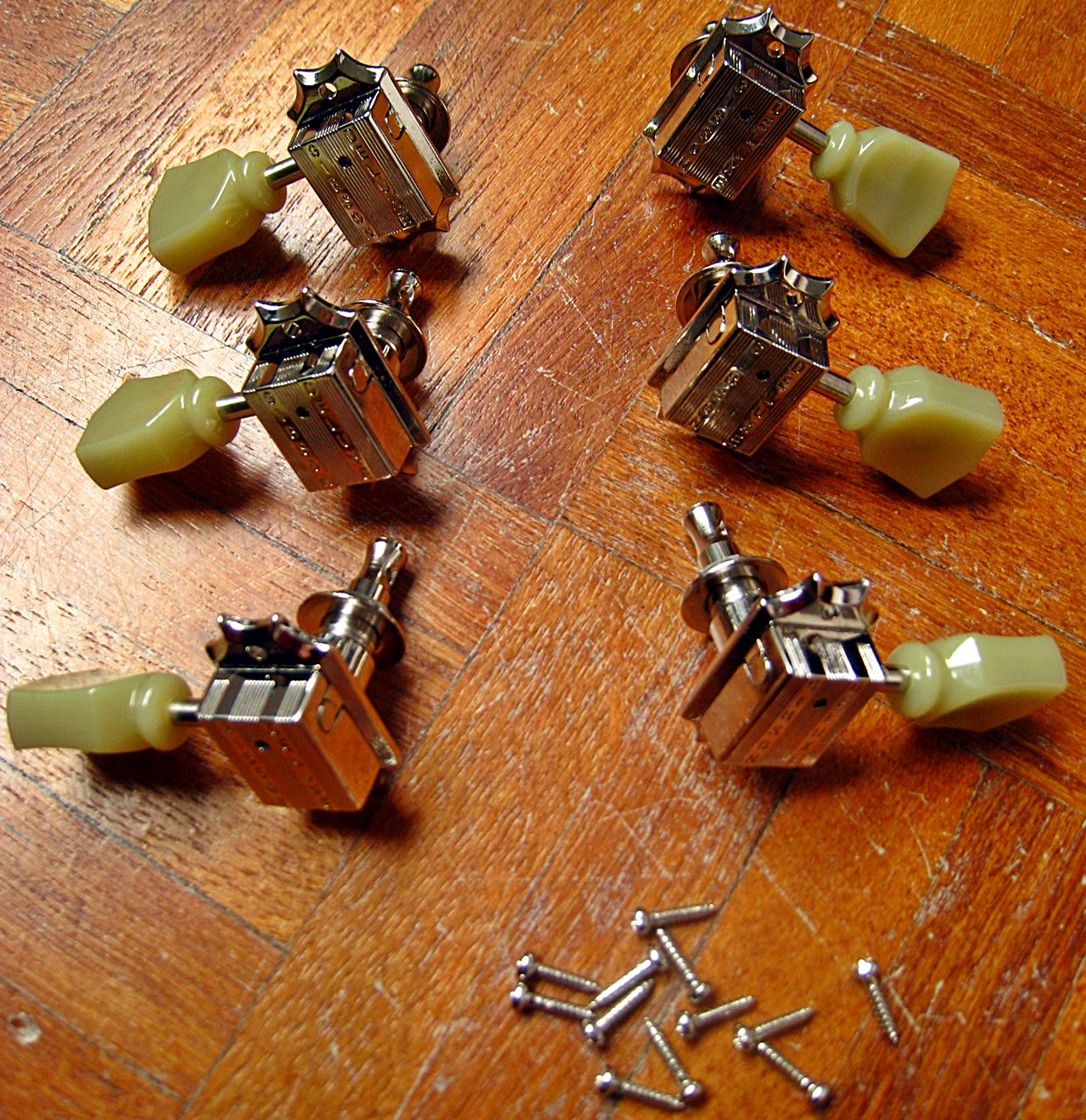 gibson vintage nickel machine heads