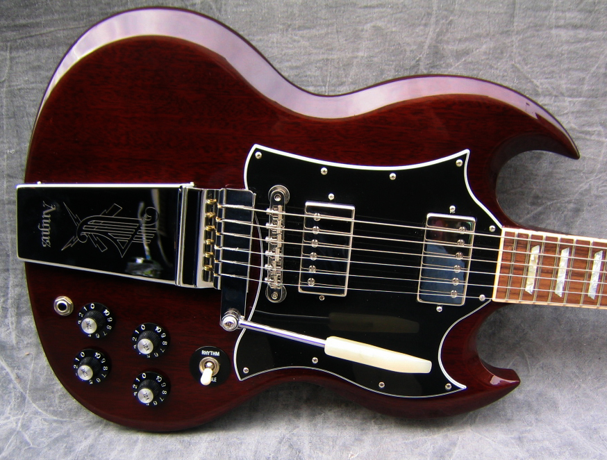 gibson sg signature angus young image 625868 audiofanzine. Black Bedroom Furniture Sets. Home Design Ideas
