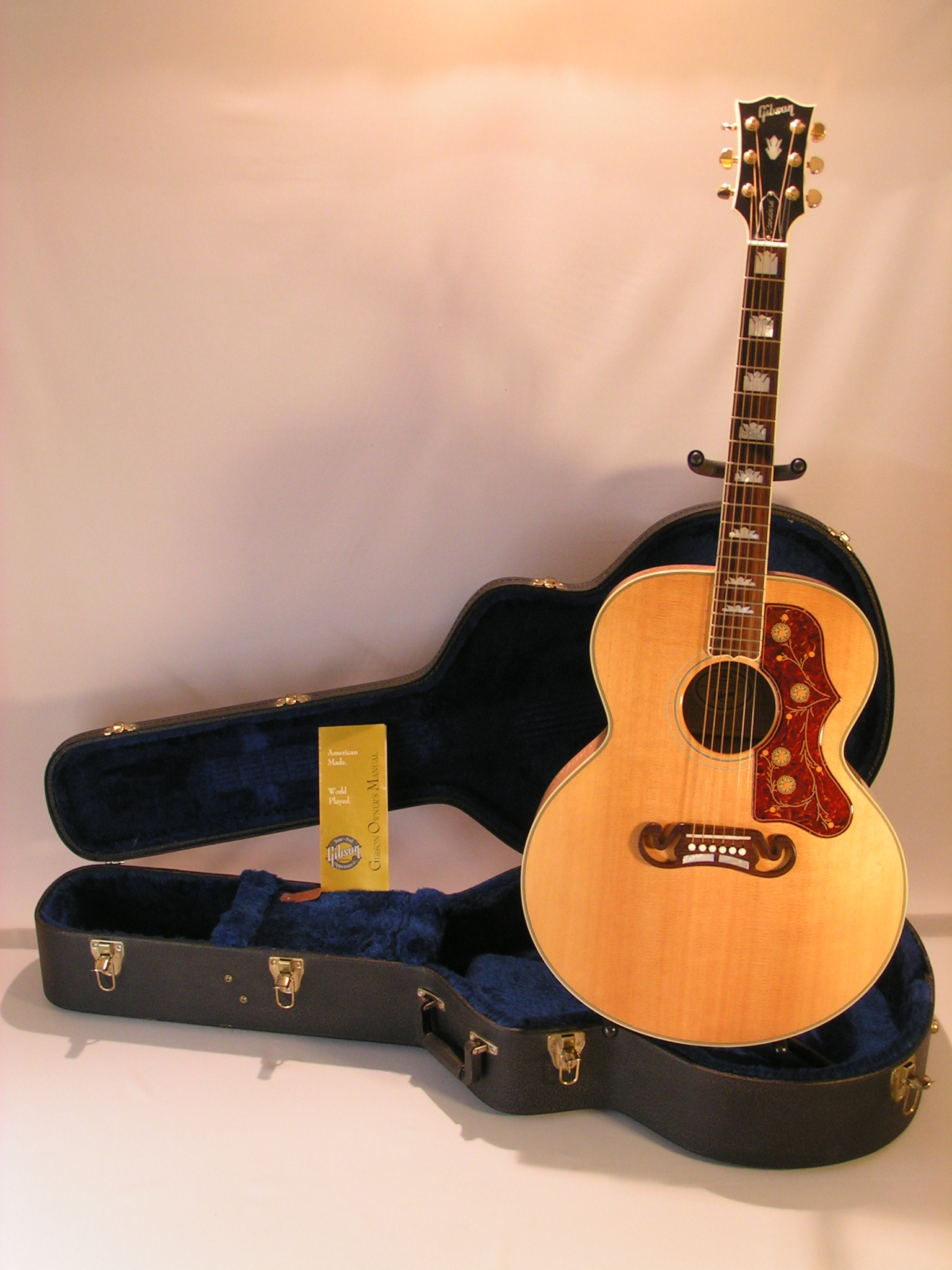 Gibson SJ200 True Vintage  Antique Natural image