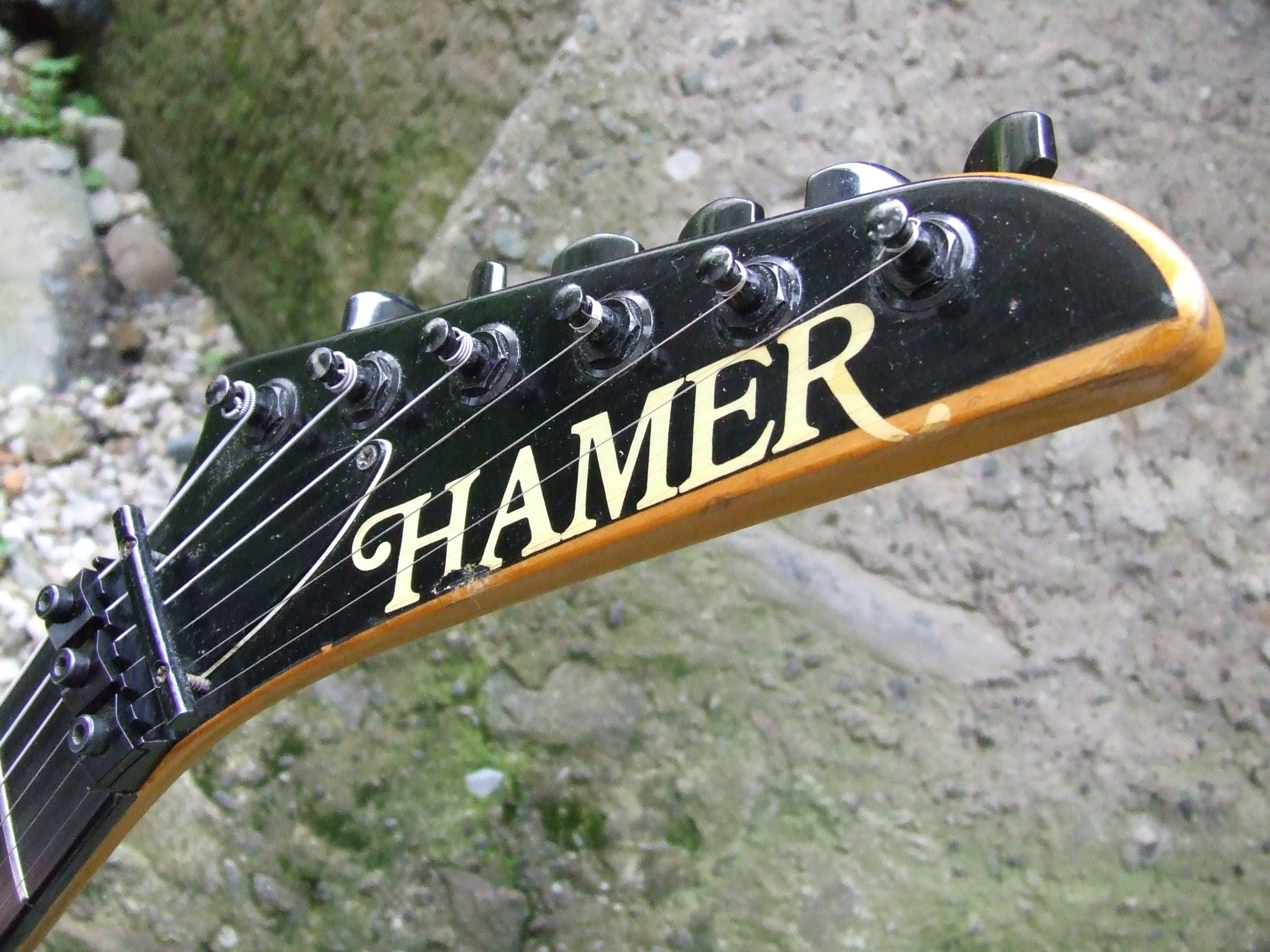 A Good Guitar    - Reviews Hamer Chaparral Custom Usa