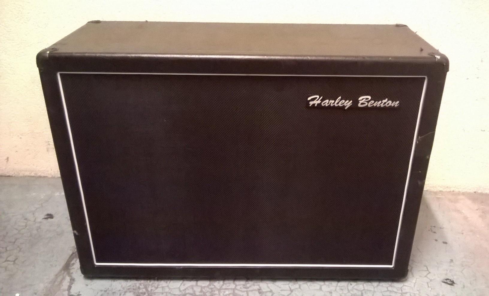 photo harley benton g212 vintage cabinet harley benton 1 1460906 audiofanzine. Black Bedroom Furniture Sets. Home Design Ideas