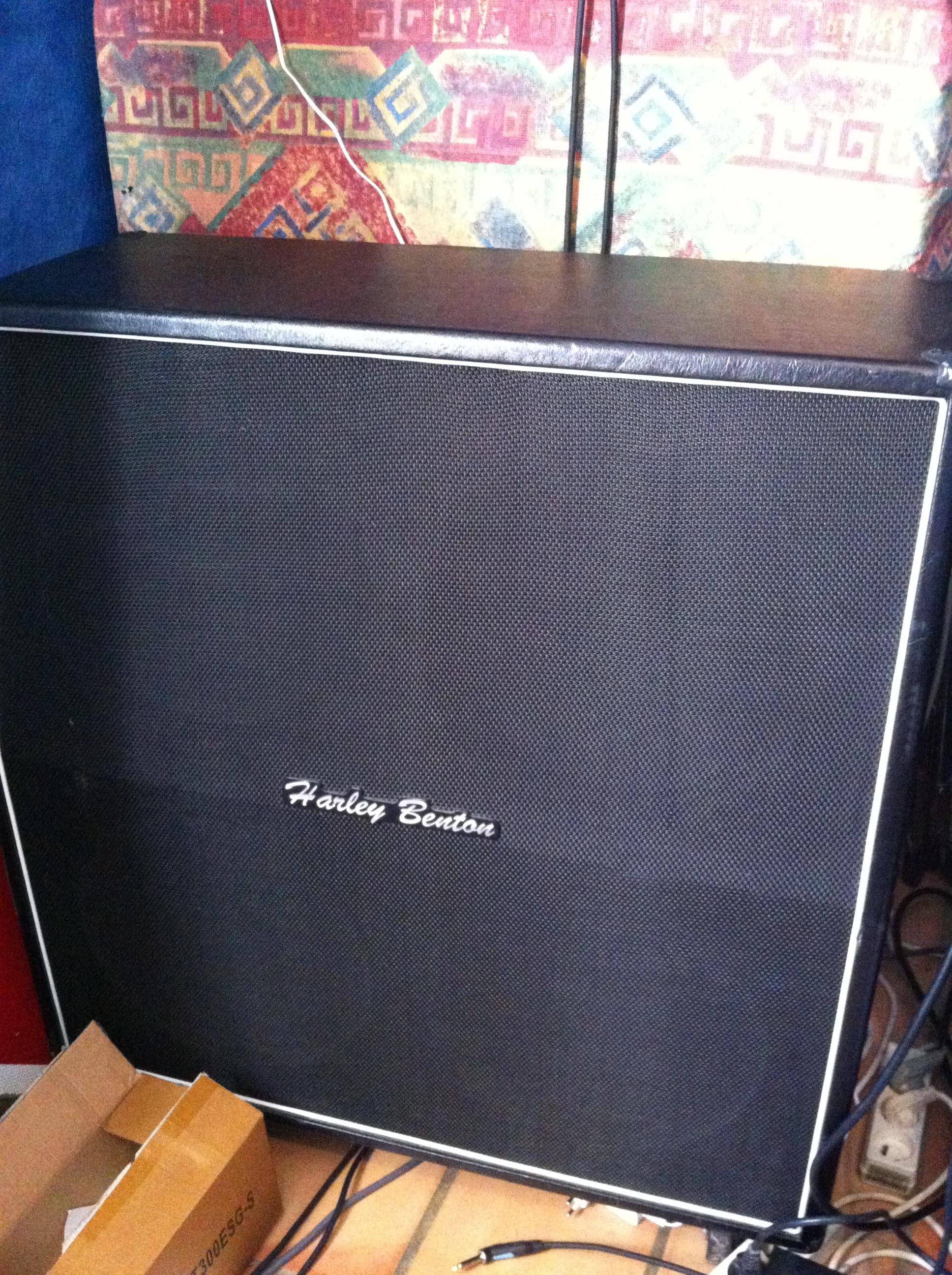 harley benton g412a vintage image 719586 audiofanzine. Black Bedroom Furniture Sets. Home Design Ideas