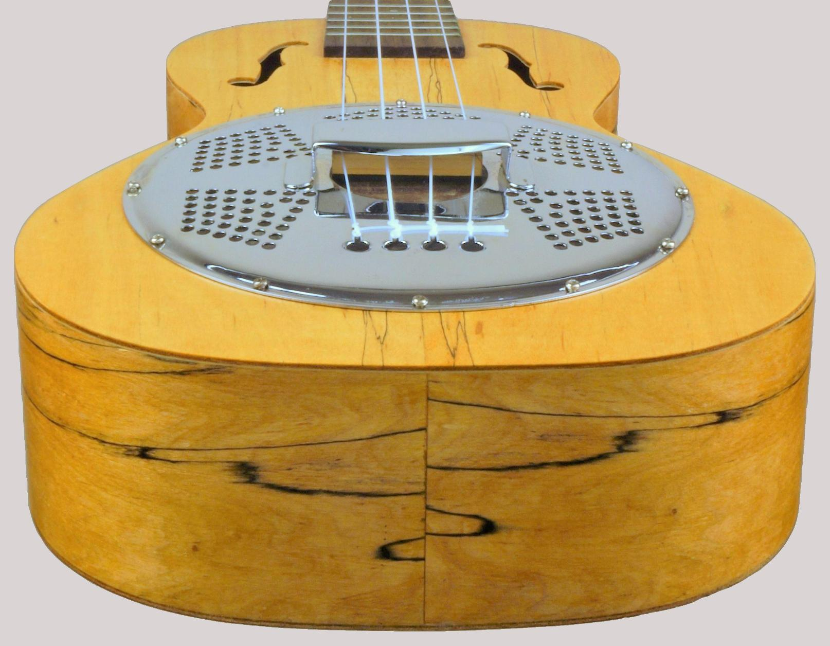 Thomann resonator tenor ukulele