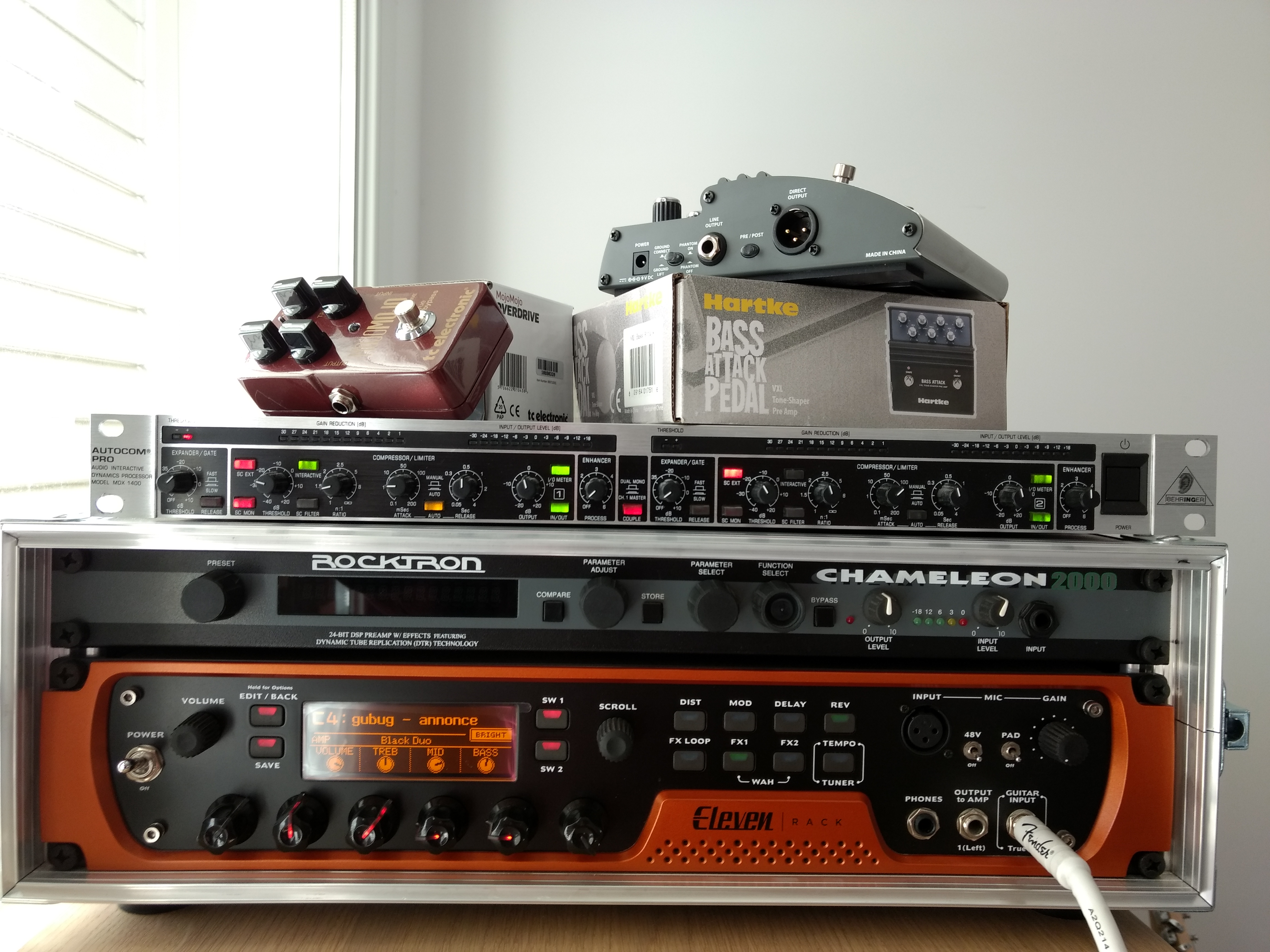 vxl bass attack hartke vxl bass attack audiofanzine. Black Bedroom Furniture Sets. Home Design Ideas