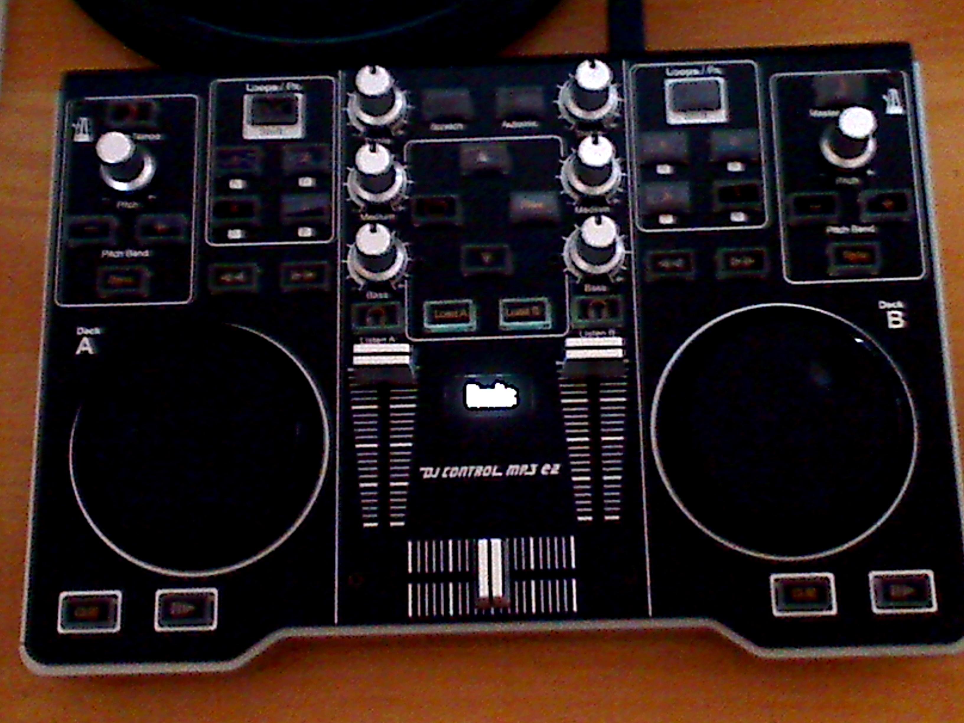 Hercules dj control mp3 e2 image 522575 audiofanzine - Table de mixage hercules dj control mp3 e2 ...