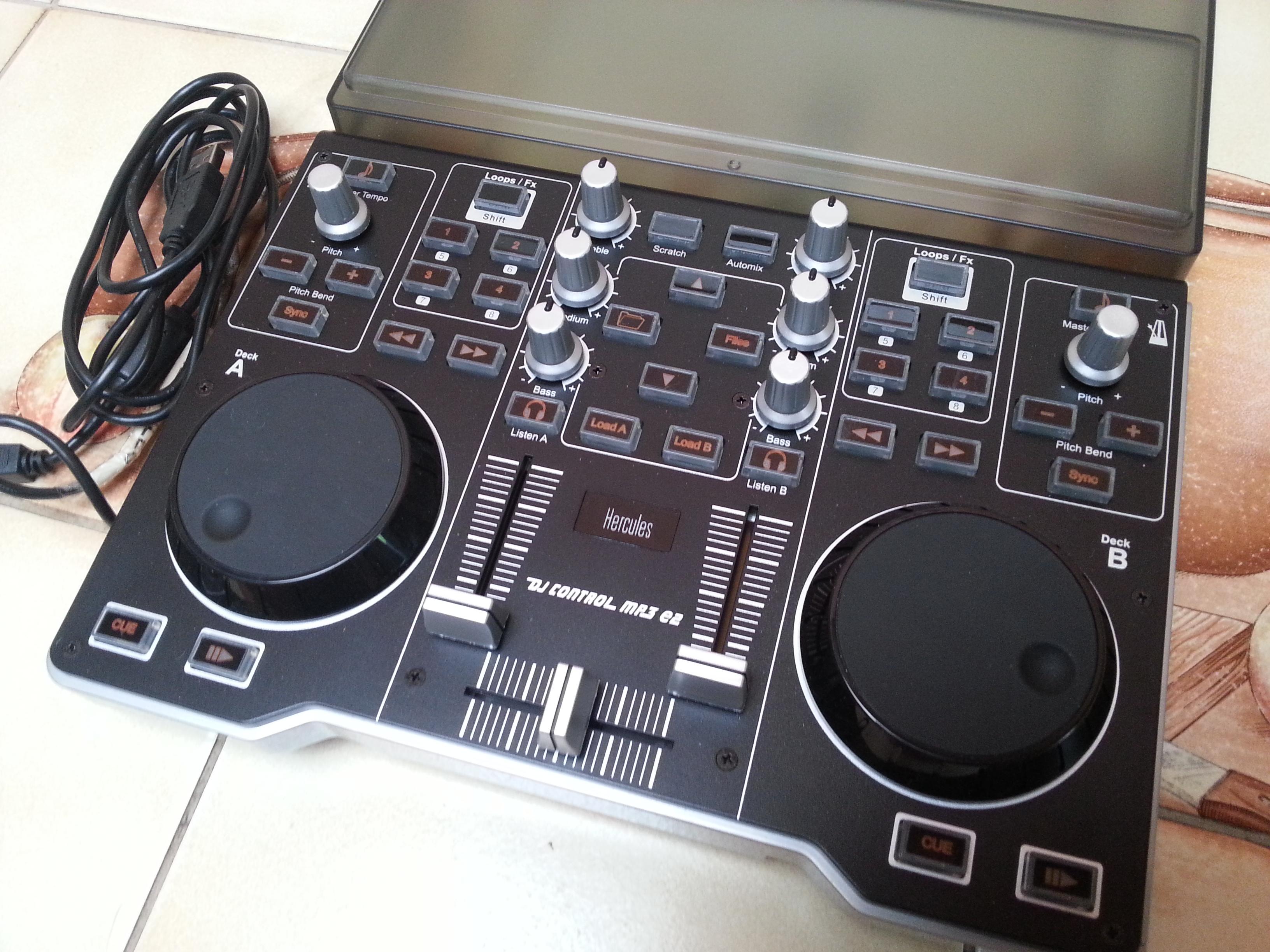 Photo hercules dj control mp3 e2 hercules dj control mp3 - Table de mixage hercules dj control mp3 e2 ...