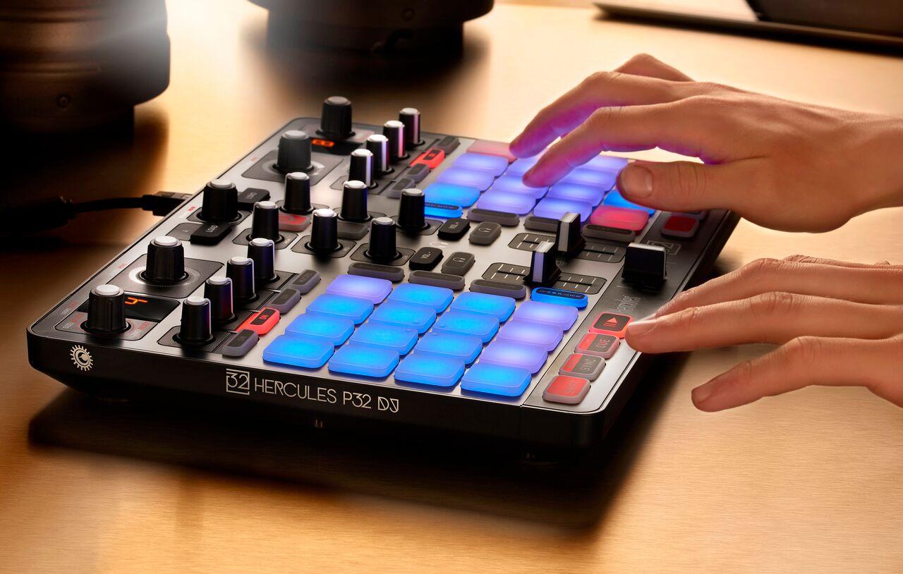 P32 dj hercules p32 dj audiofanzine - Table de mixage vinyle ...