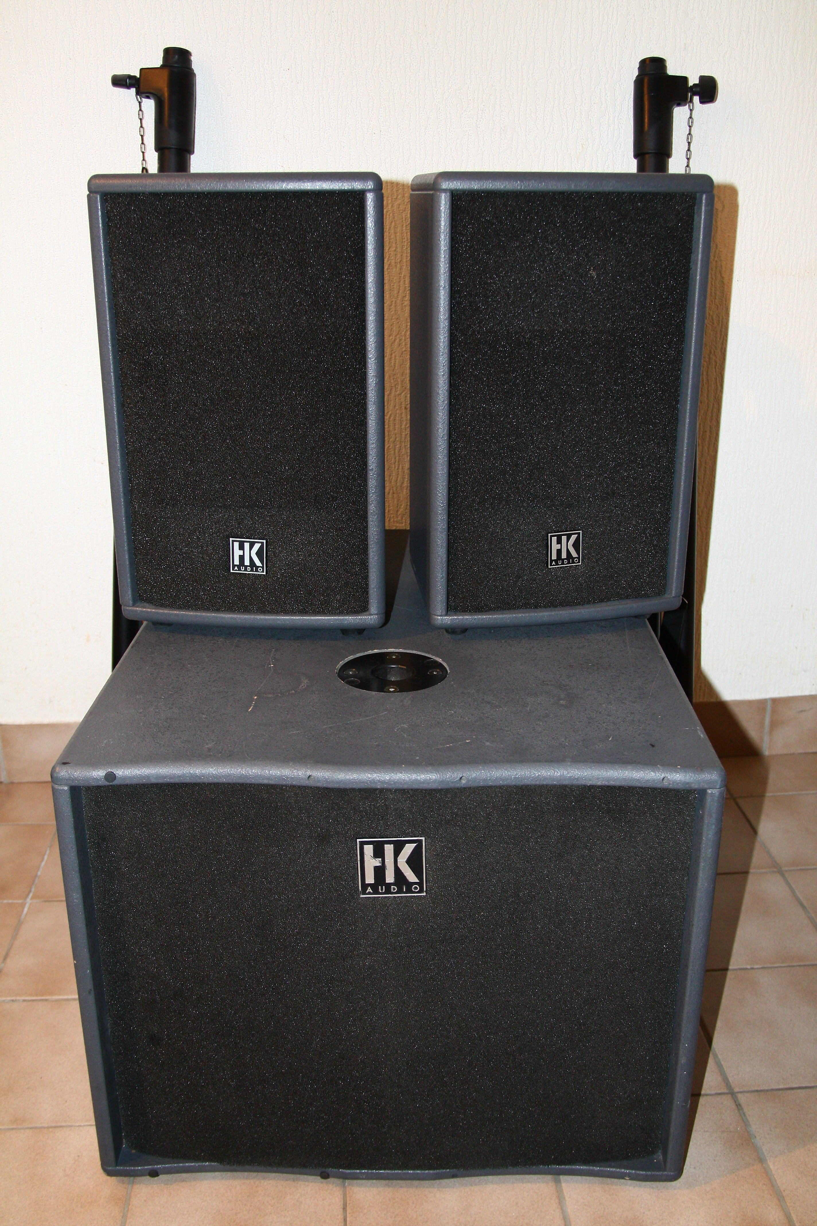 hk audio lucas 600 image 682835 audiofanzine. Black Bedroom Furniture Sets. Home Design Ideas