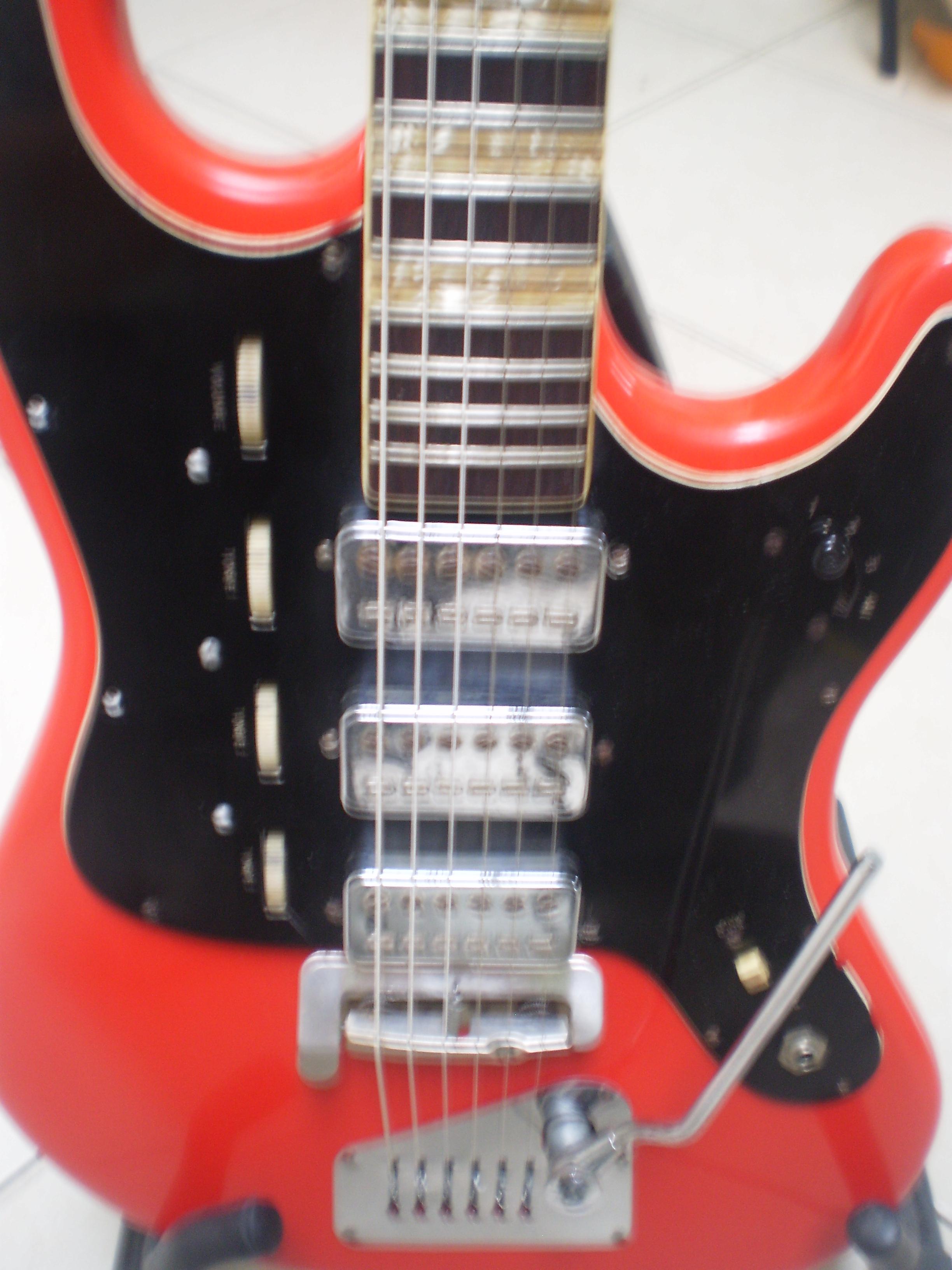 Les Guitares Galaxie Spatial Slow