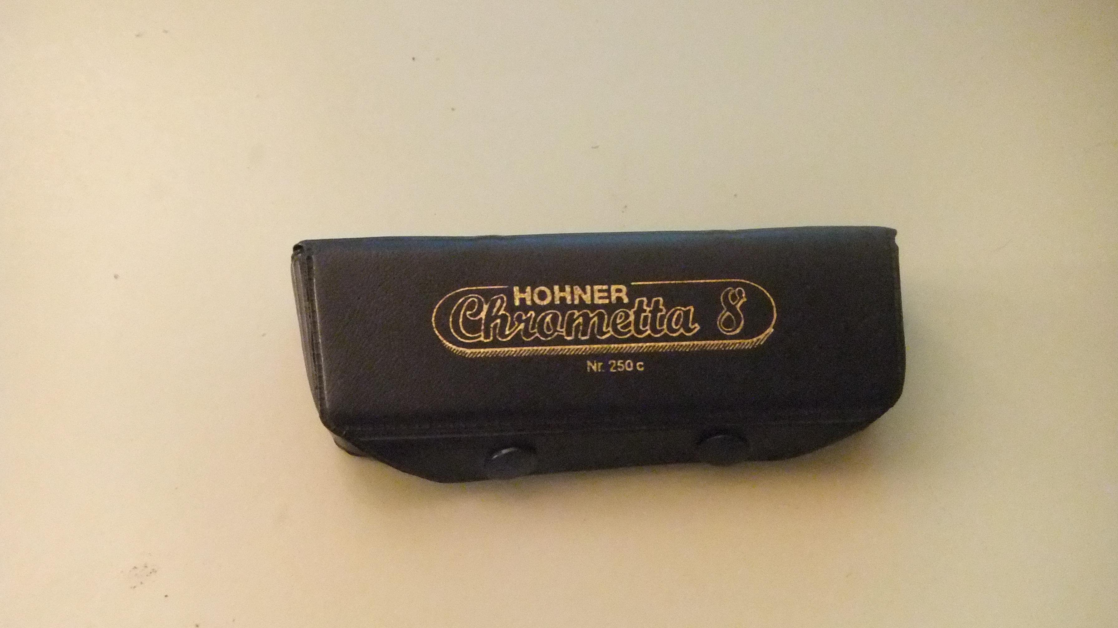 vintage hohner chrometta 8 harmonica