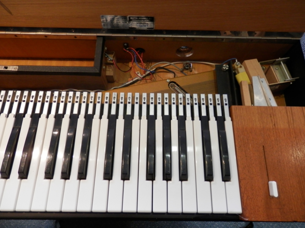 hohner clavinet d6 image 1113932 audiofanzine. Black Bedroom Furniture Sets. Home Design Ideas