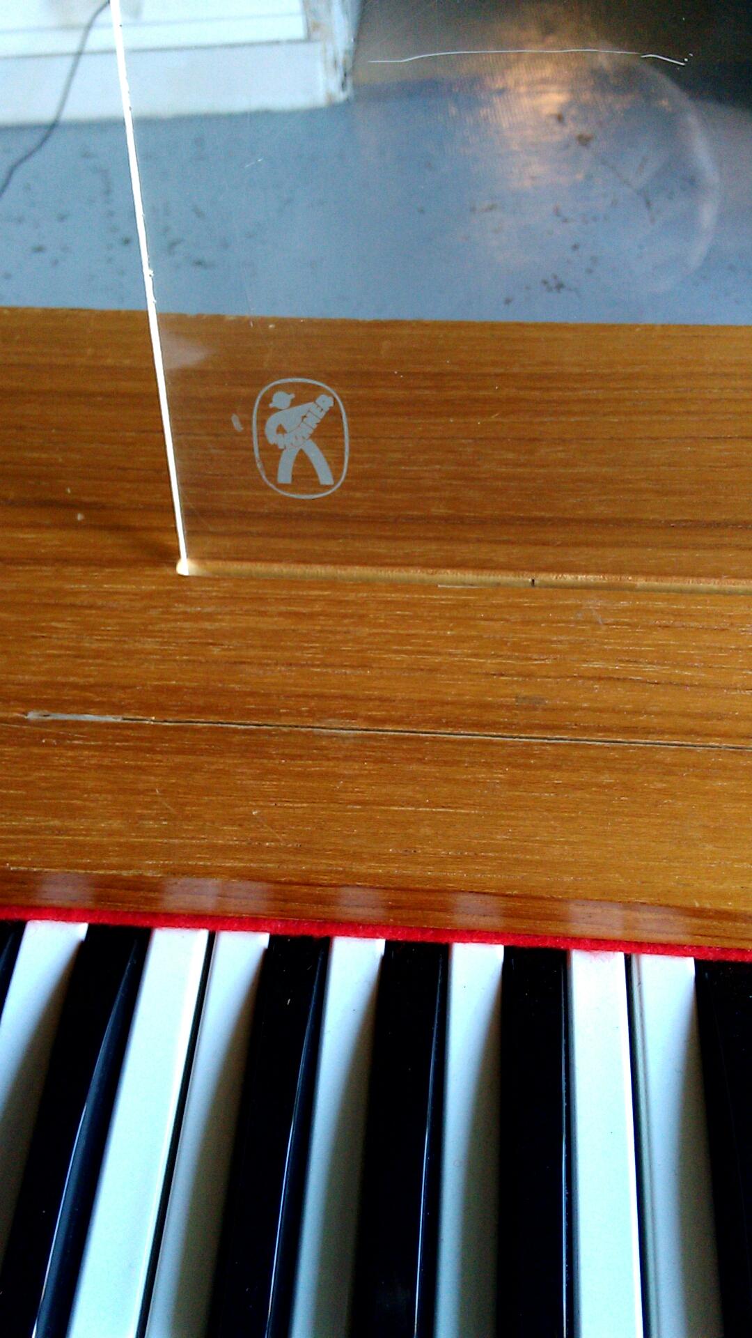 hohner clavinet d6 image 1751434 audiofanzine. Black Bedroom Furniture Sets. Home Design Ideas