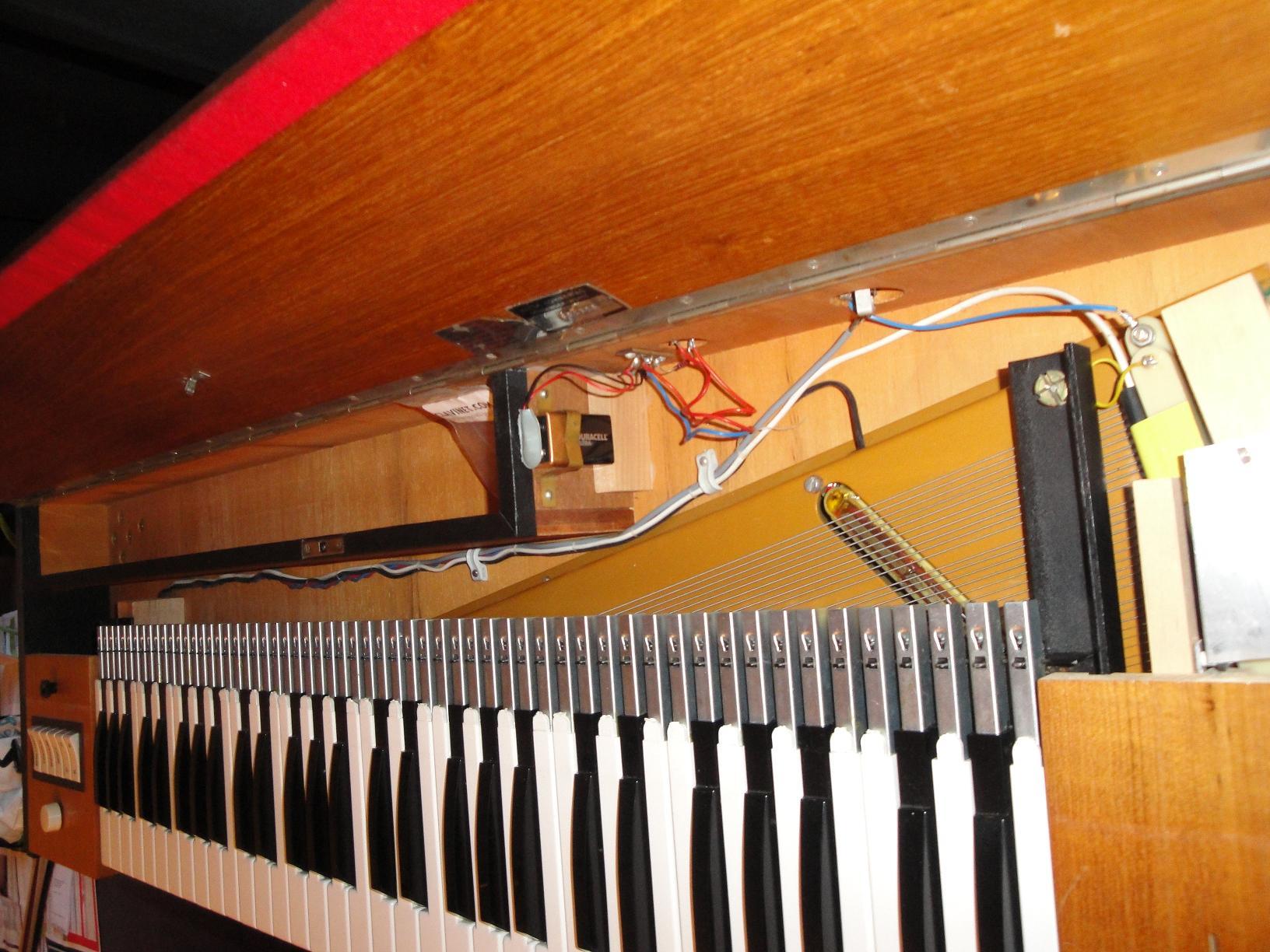 hohner clavinet d6 image 382951 audiofanzine. Black Bedroom Furniture Sets. Home Design Ideas